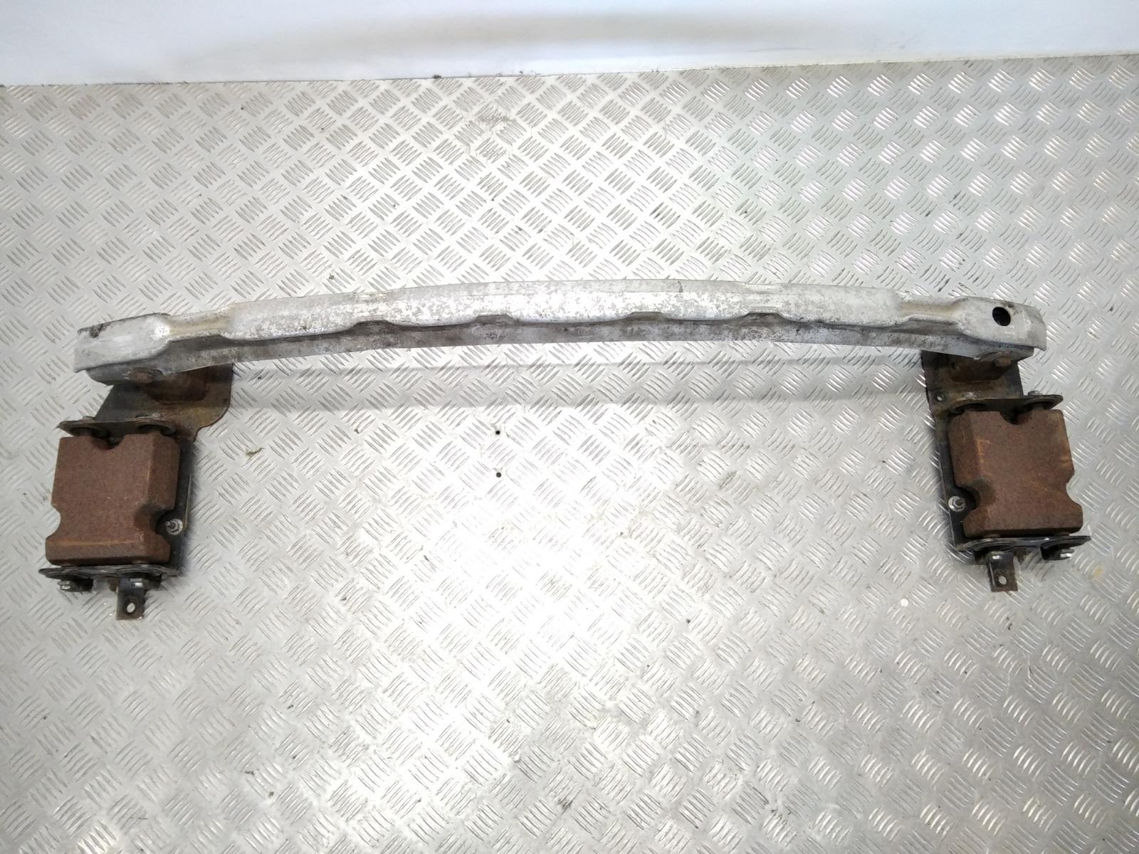 Усилитель бампера заднего Renault Megane 1.6 I 2008 (б/у)