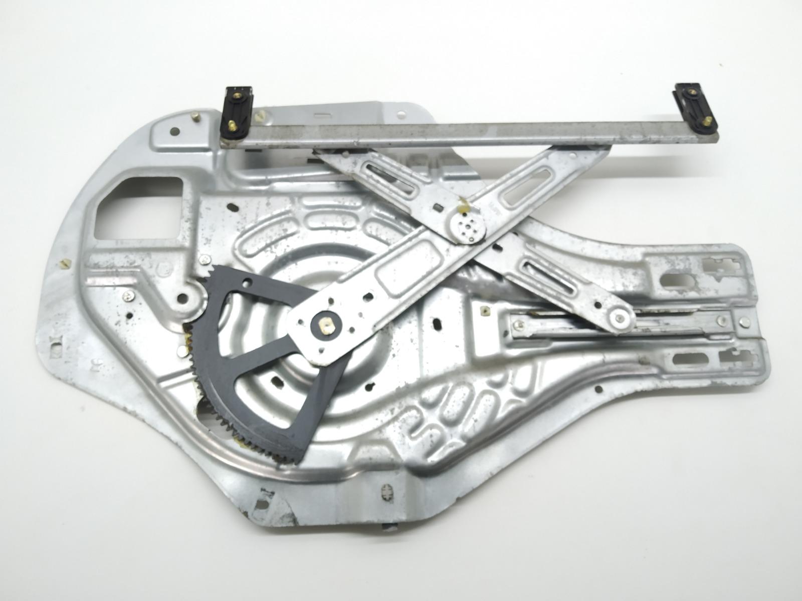 Стеклоподъемник электрический передний левый Hyundai Tucson 2.0 CRDI 2005 (б/у)