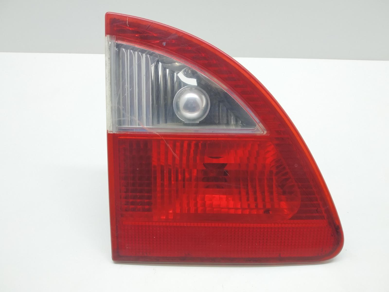Фонарь крышки багажника левый Ford Galaxy 1.9 TDI 2001 (б/у)