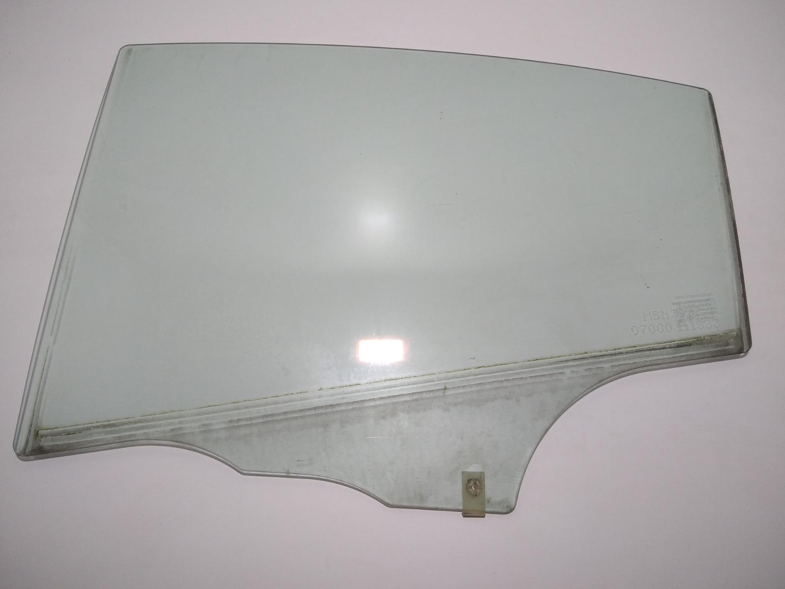 Стекло двери задней левой Mazda 3 BK 1.6 I 2004 (б/у)