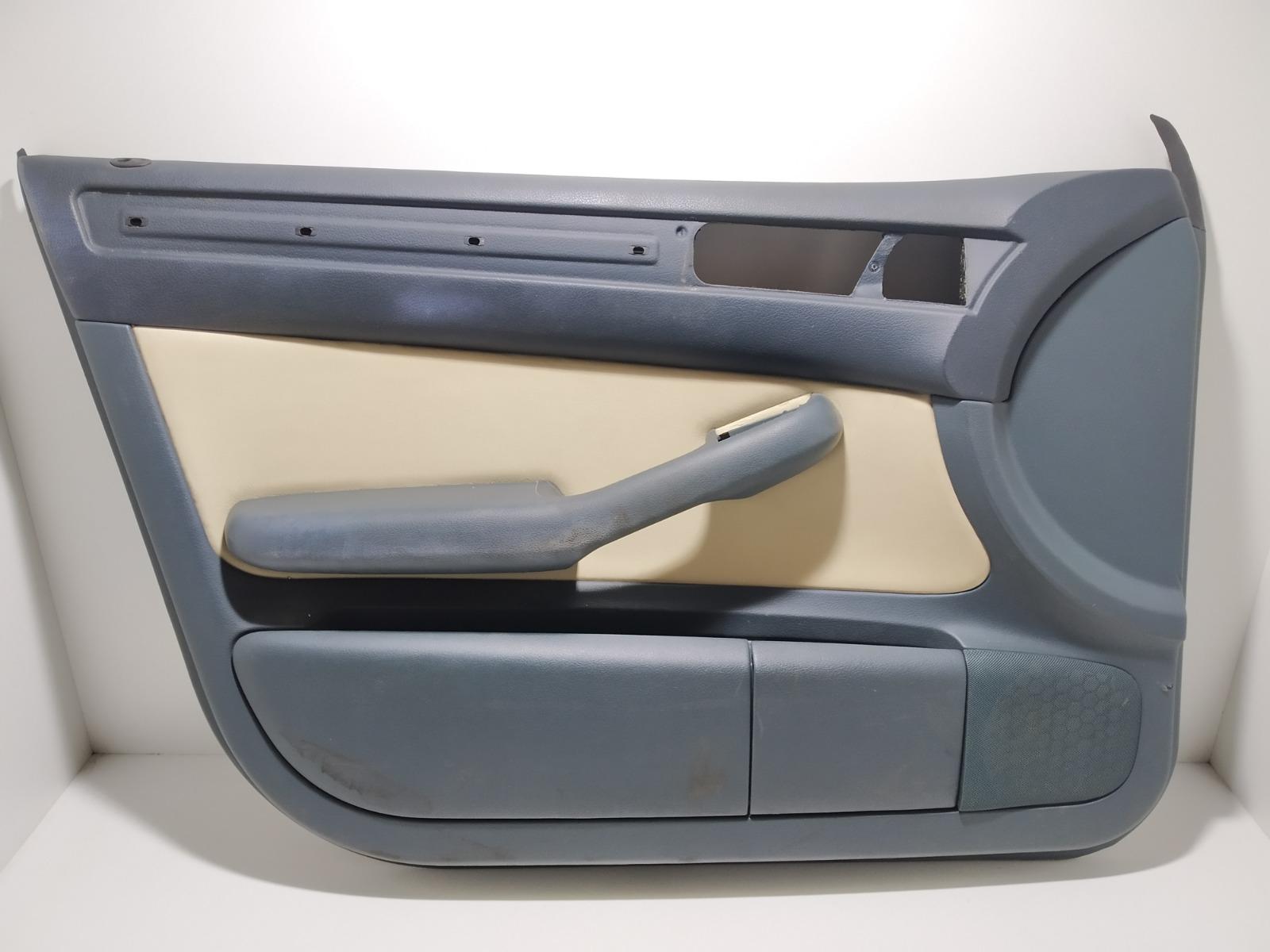Обшивка двери передней левой (дверная карта) Audi A6 C5 2.4 I 2000 (б/у)