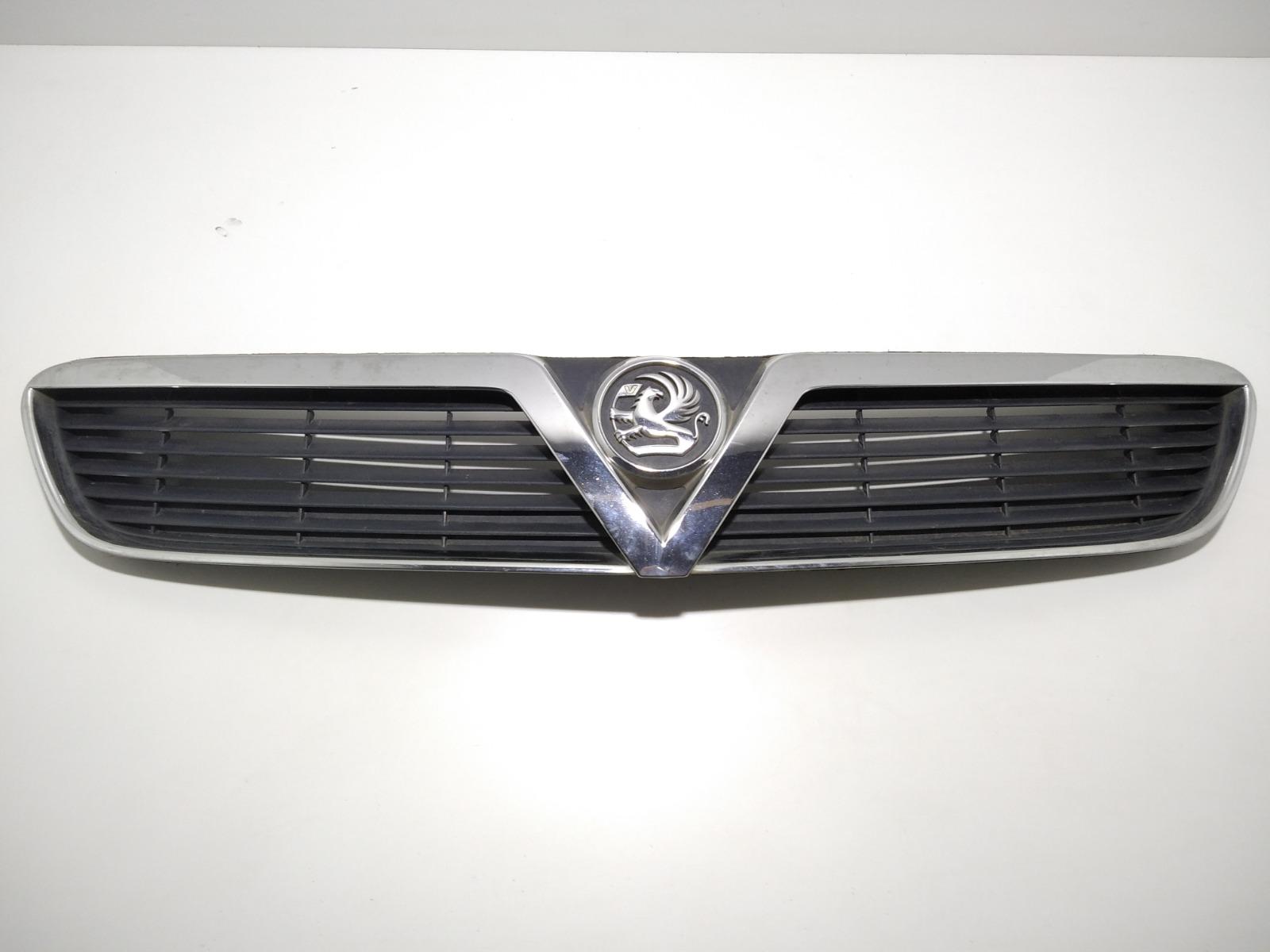 Решетка радиатора Opel Vectra C 2.0 DTI 2004 (б/у)