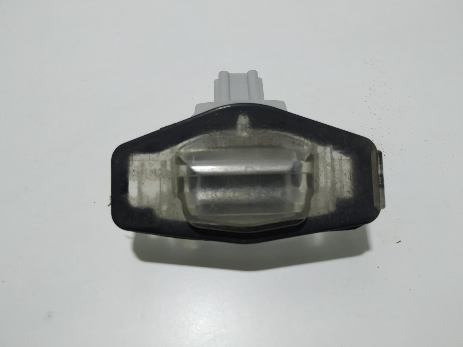 Подсветка номера Honda Accord 2.4 I 2003 (б/у)