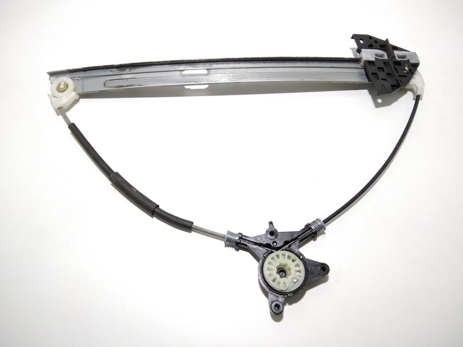 Стеклоподъемник электрический передний левый Mazda 3 BK 1.6 I 2004 (б/у)