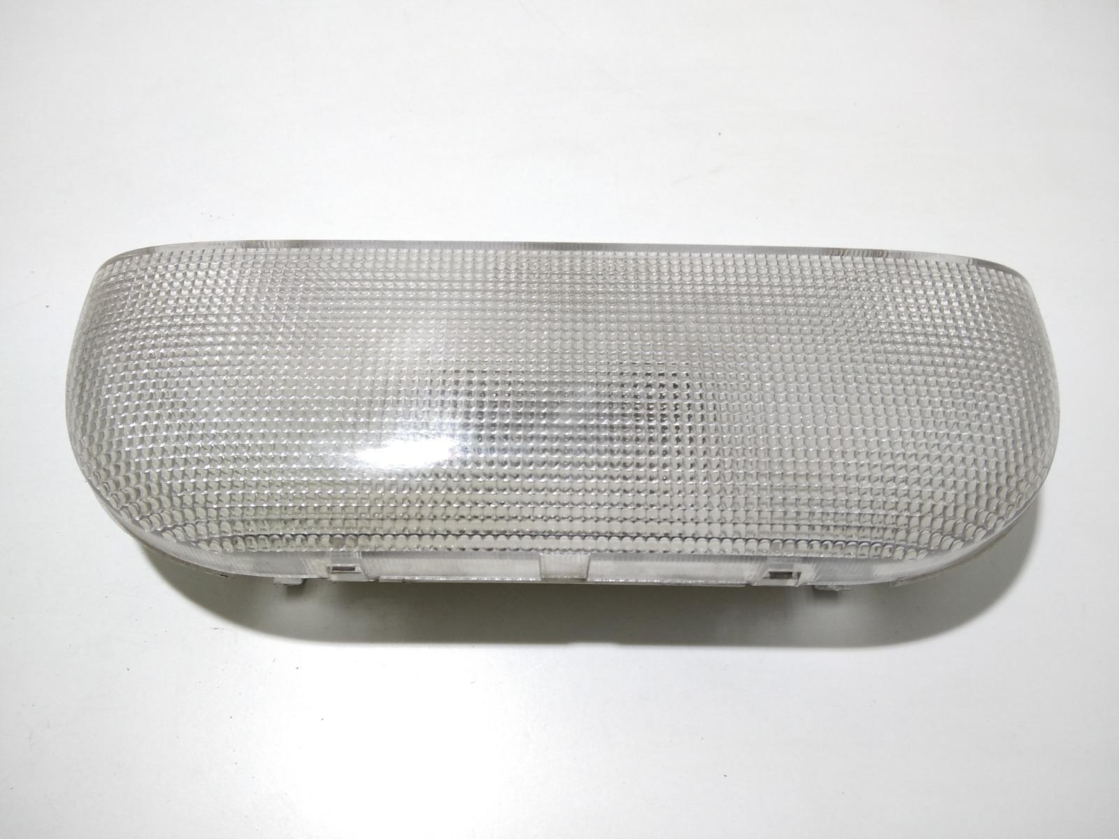 Фонарь освещения багажника Chrysler Voyager 2.8 CRDI 2006 (б/у)