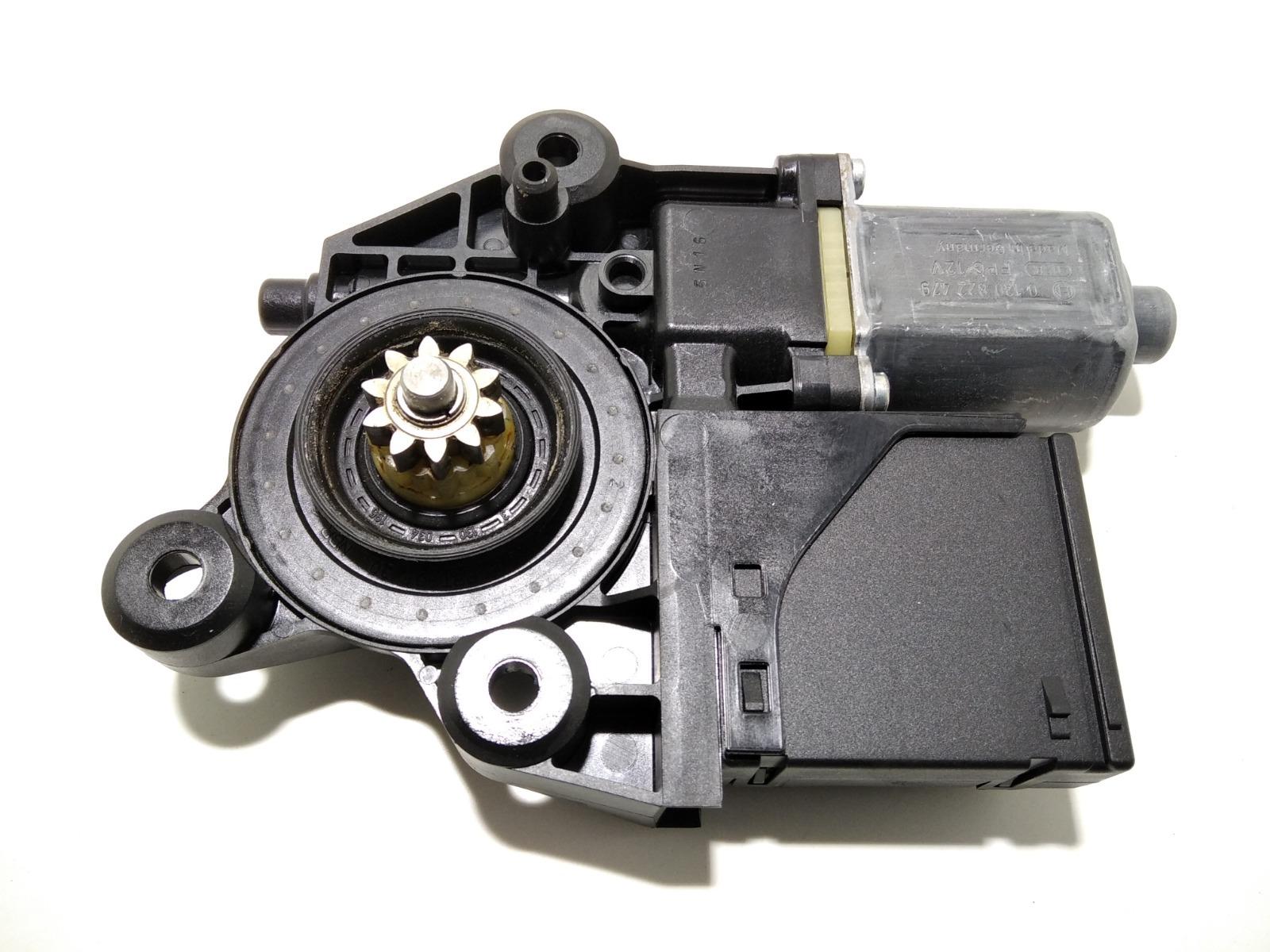 Моторчик стеклоподъемника передний левый Renault Megane 1.6 I 2011 (б/у)