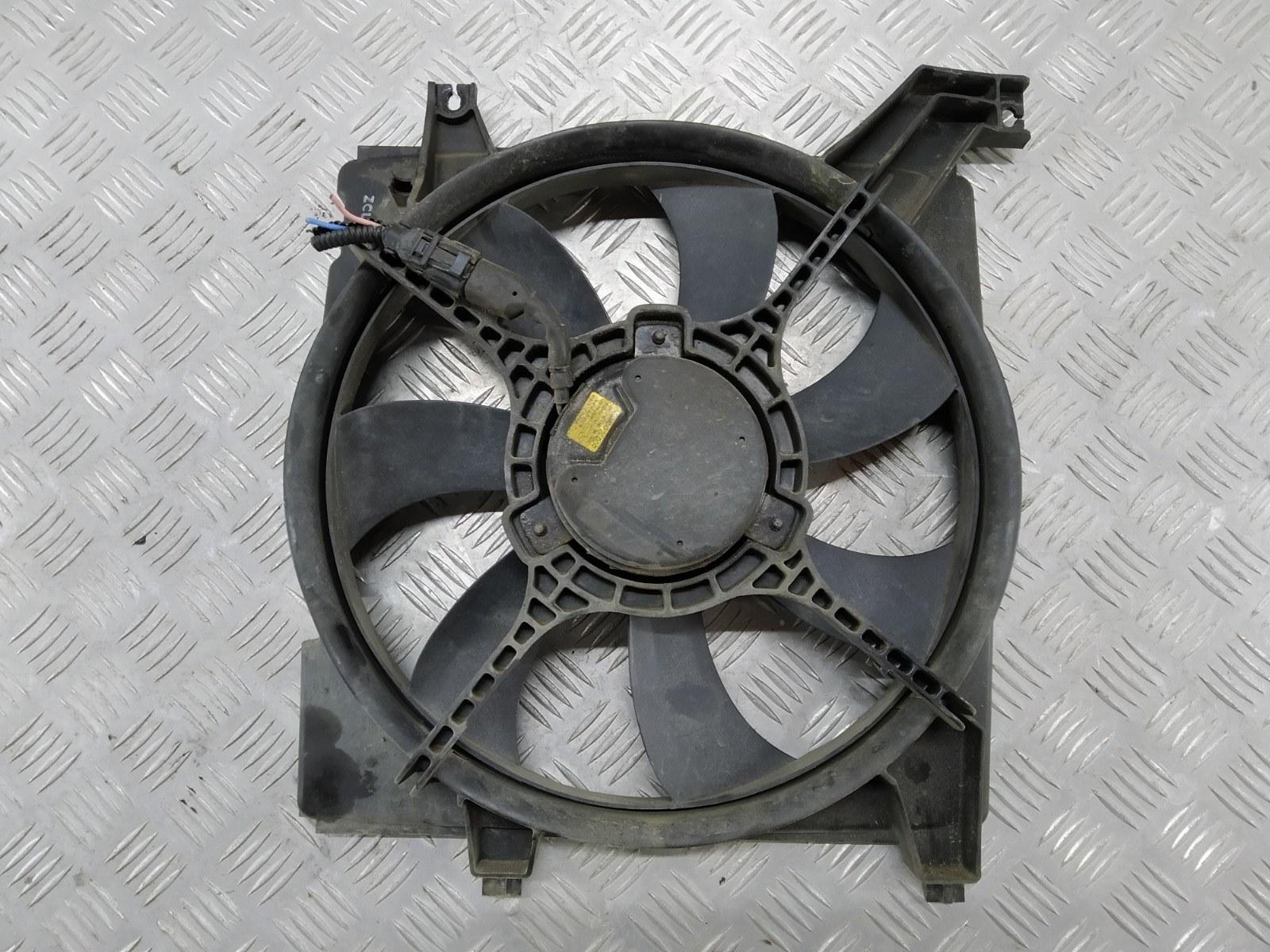 Вентилятор радиатора Hyundai Elantra XD 2.0 CRDI 2004 (б/у)