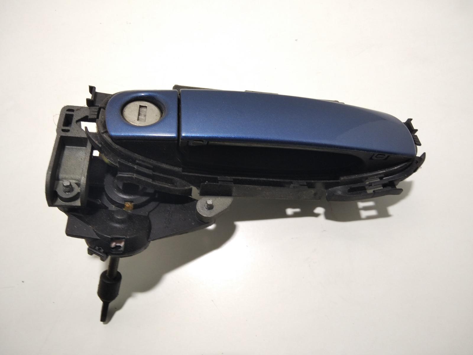Ручка наружная передняя правая Audi A3 8P 1.6 I 2006 (б/у)