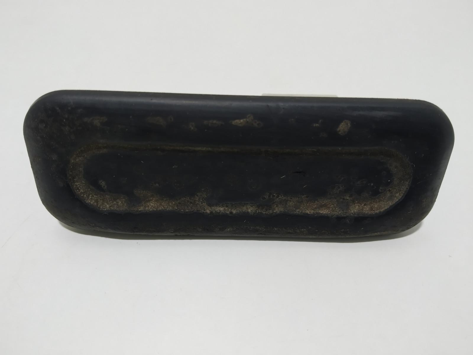 Кнопка открытия багажника Peugeot 308 T7 1.4 I 2010 (б/у)