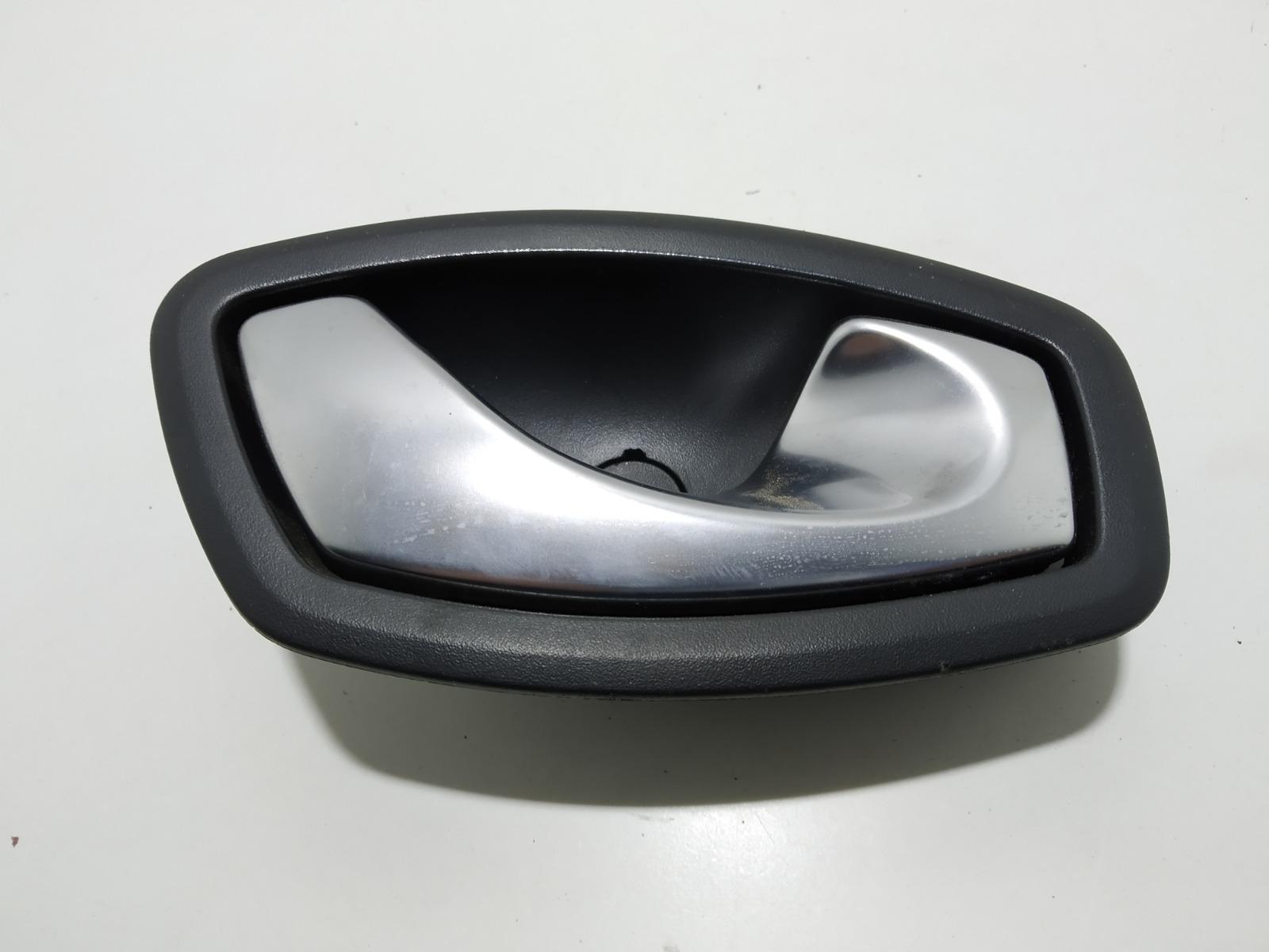 Ручка внутренняя передняя правая Renault Megane 1.6 I 2011 (б/у)