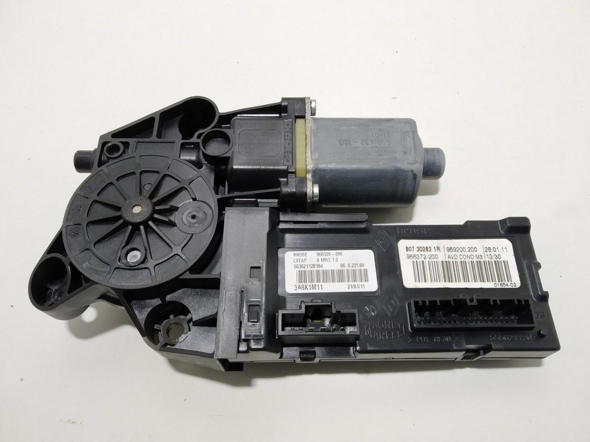 Моторчик стеклоподъемника передний правый Renault Megane 1.6 I 2011 (б/у)