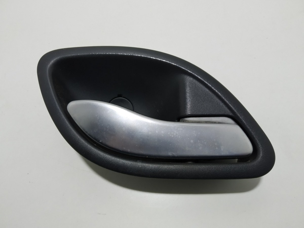 Ручка внутренняя передняя правая Renault Laguna 2.0 I 2007 (б/у)