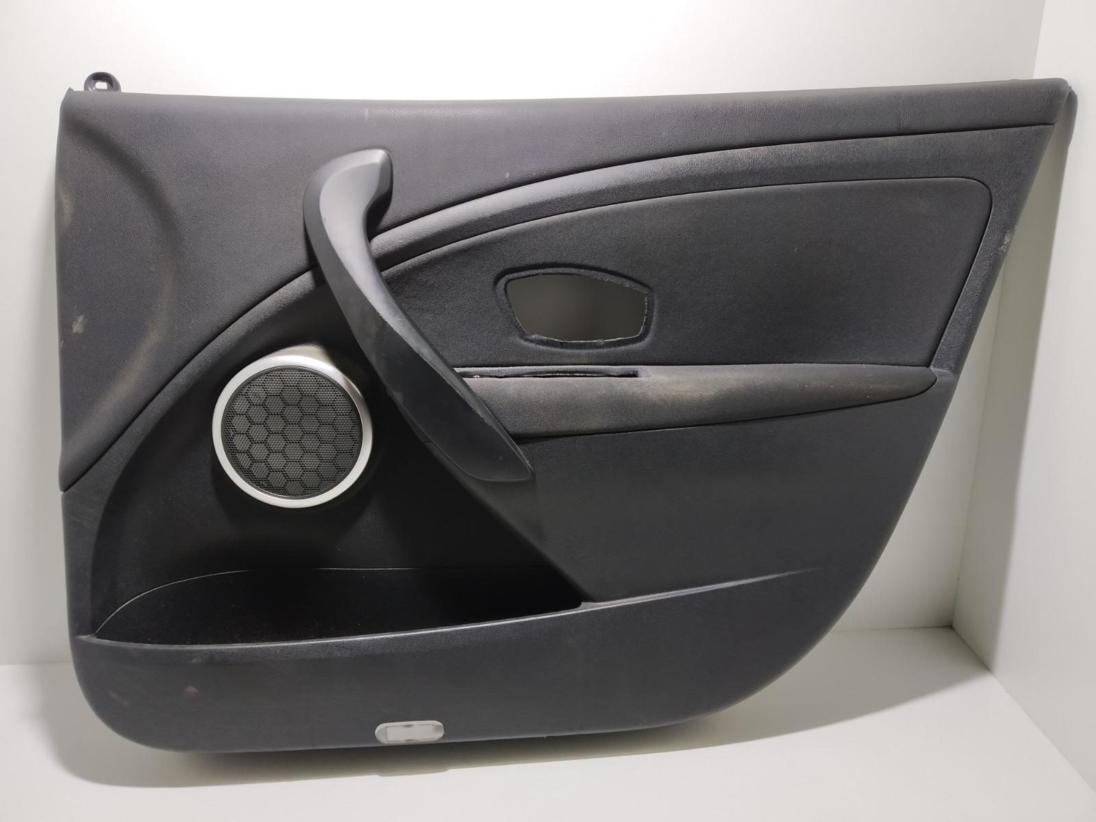 Обшивка двери передней правой (дверная карта) Renault Megane 1.5 DCI 2009 (б/у)