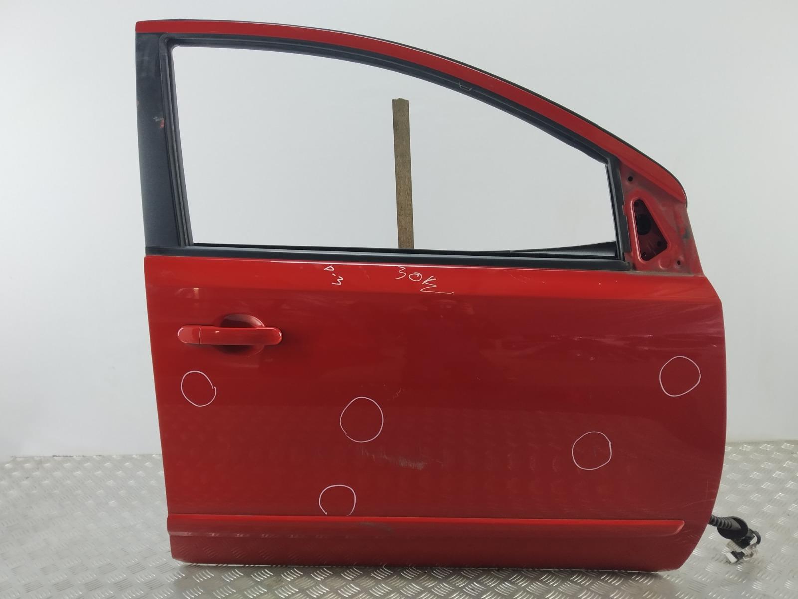 Дверь передняя правая Nissan Note E11 1.4 I 2006 (б/у)