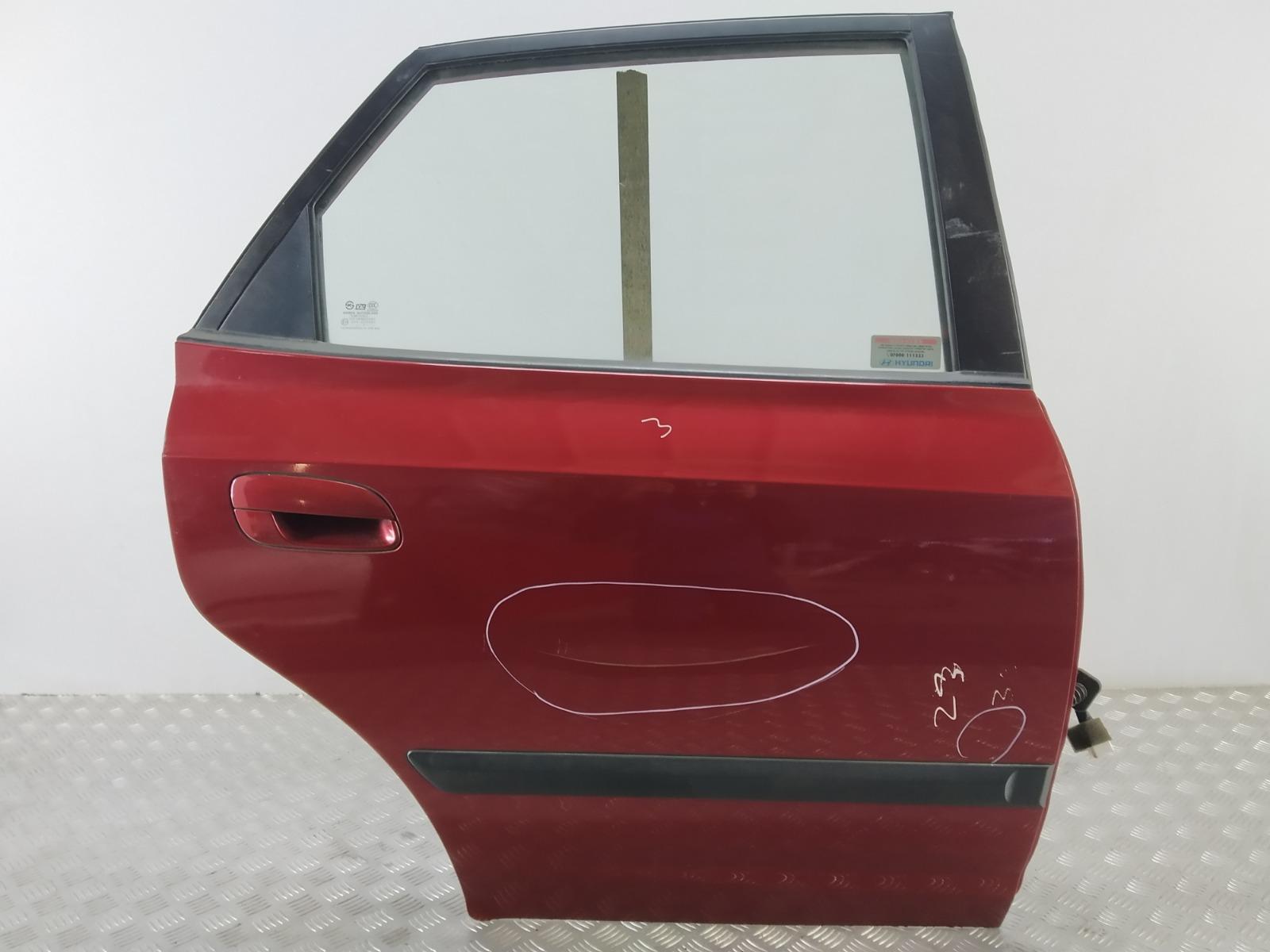 Дверь задняя правая Hyundai Elantra XD 2.0 CRDI 2004 (б/у)