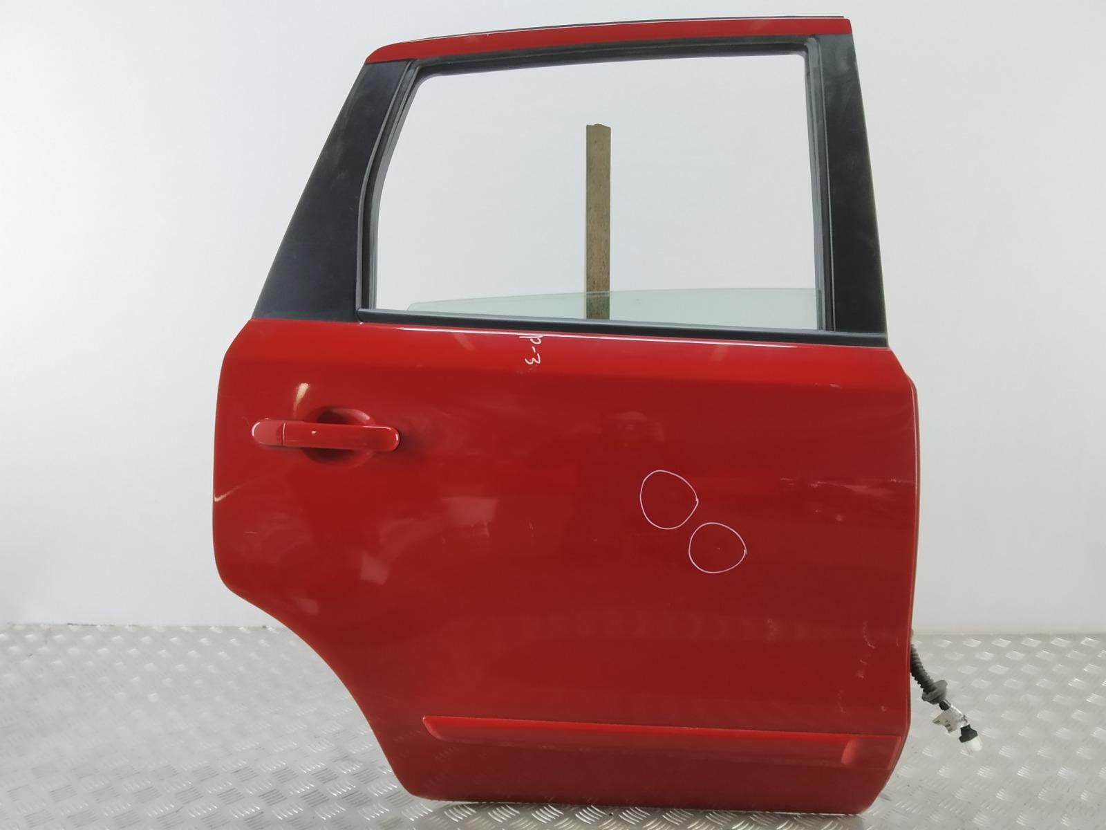 Дверь задняя правая Nissan Note E11 1.4 I 2006 (б/у)