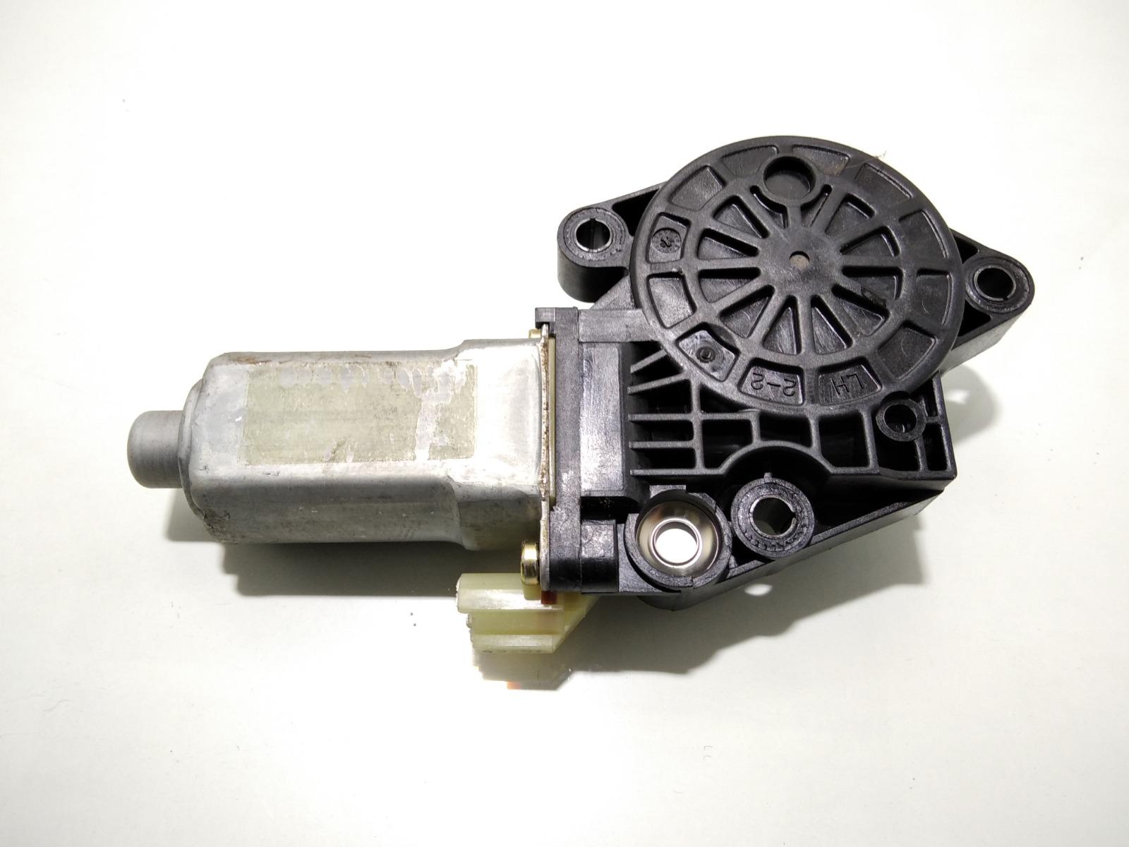 Моторчик стеклоподъемника задний левый Hyundai Elantra XD 2.0 CRDI 2004 (б/у)