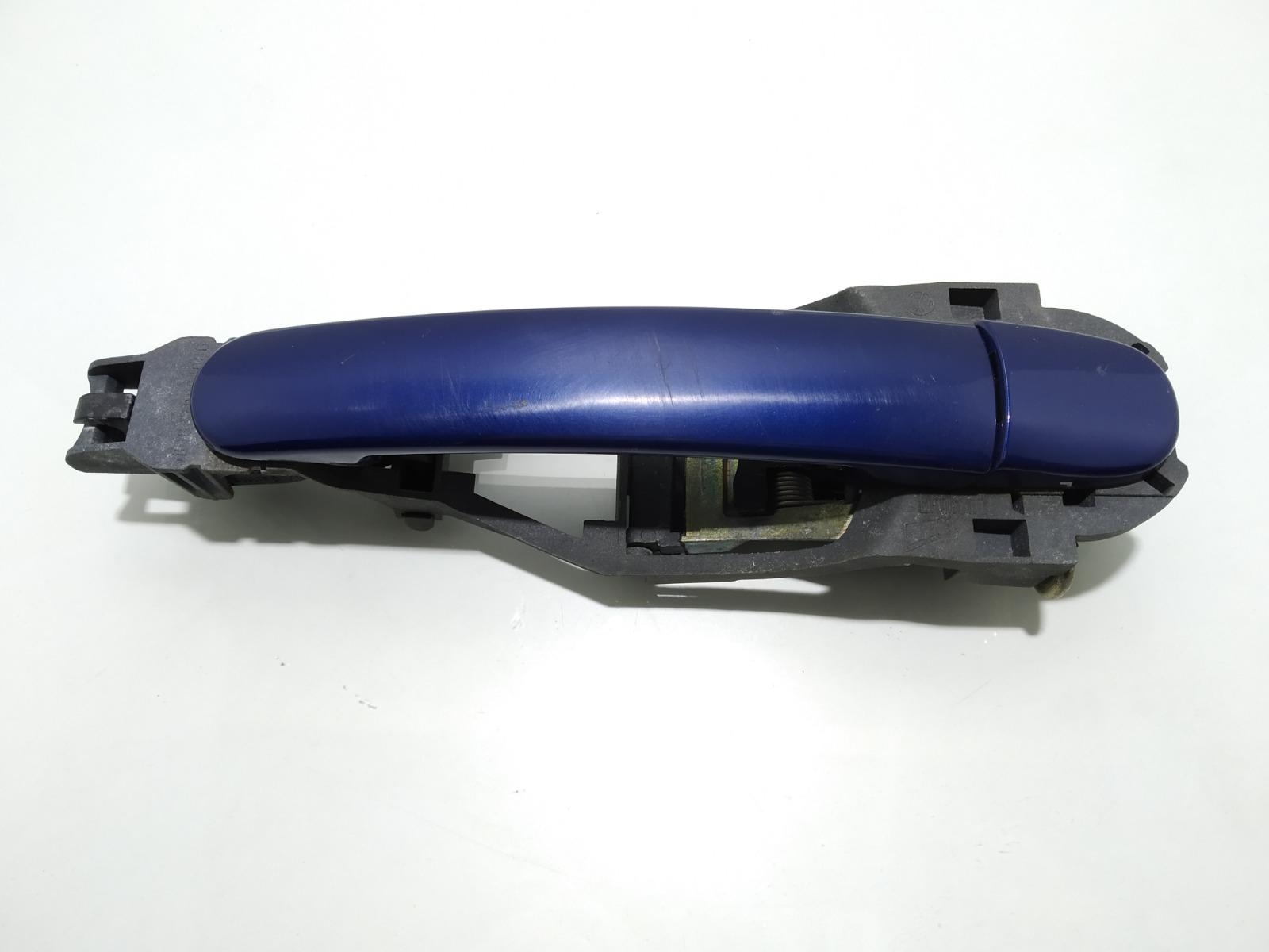 Ручка наружная задняя левая Volkswagen Passat B5 2.0 I 2001 (б/у)