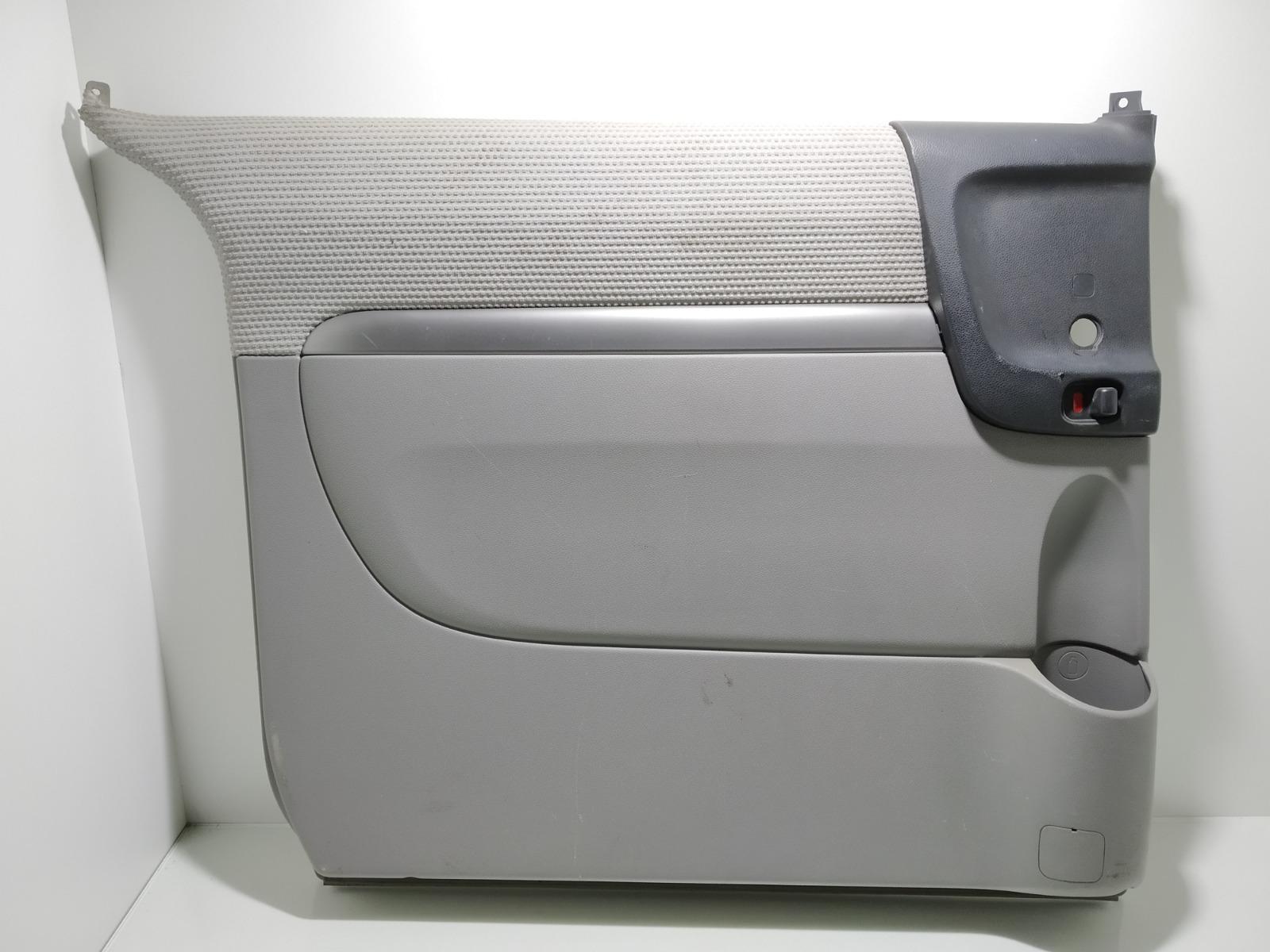 Обшивка двери задней левой (дверная карта) Kia Sedona 2.9 CRDI 2007 (б/у)