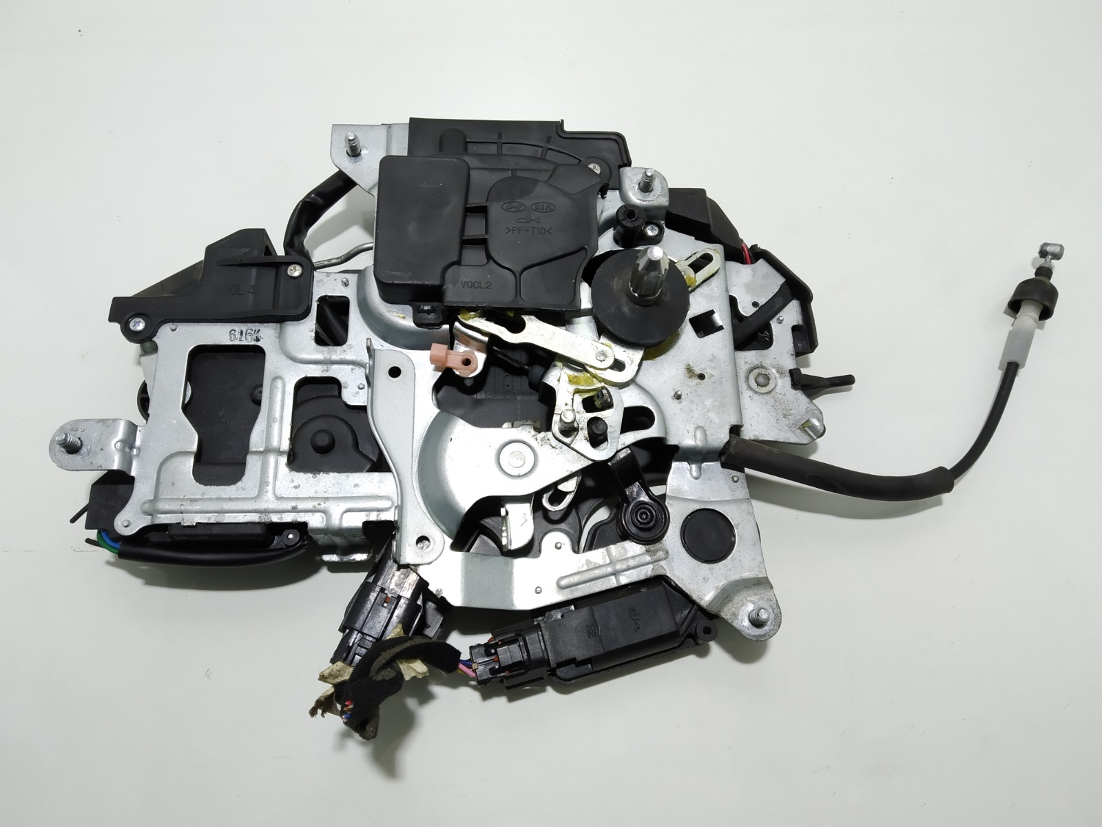 Активатор (привод) замка двери Kia Sedona 2.9 CRDI 2007 (б/у)
