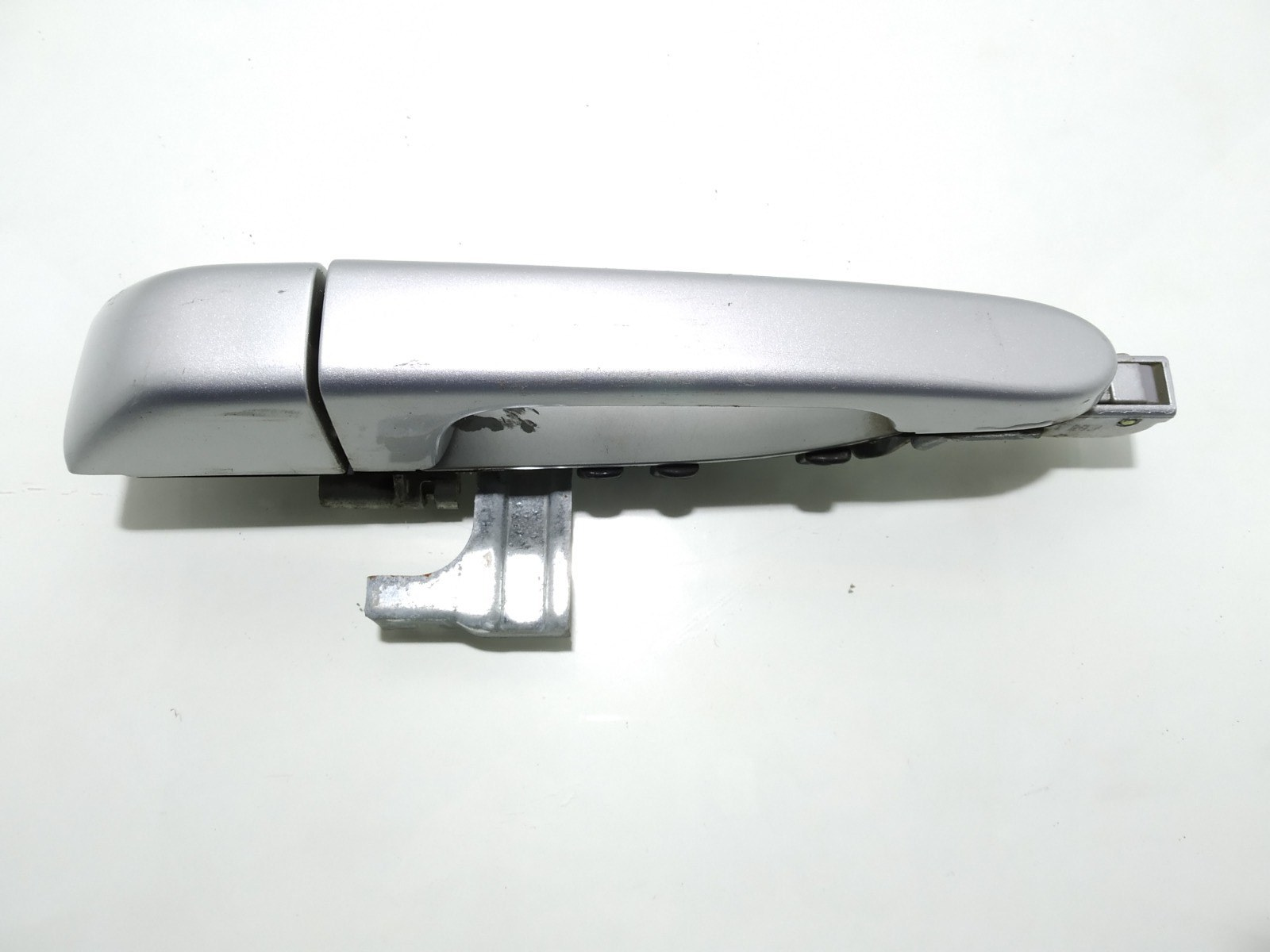Ручка наружная задняя левая Kia Sedona 2.9 CRDI 2007 (б/у)