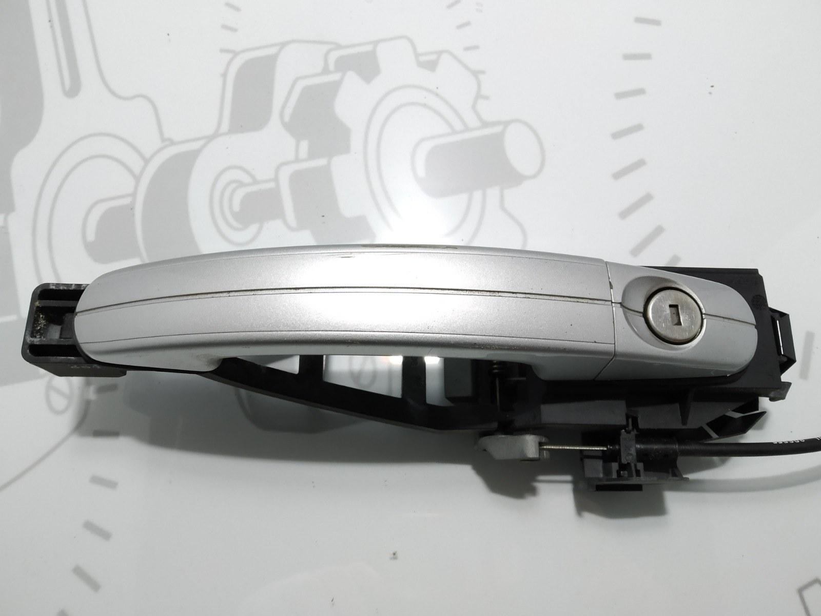Ручка наружная передняя правая Ford C-Max 1.8 TDCI 2008 (б/у)