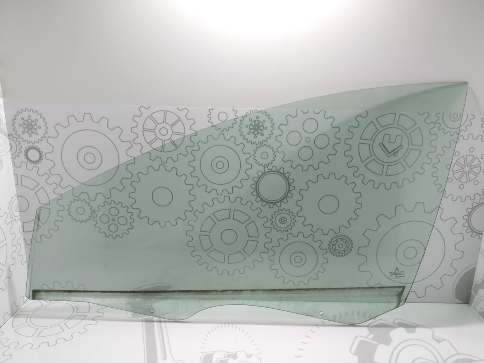Стекло двери передней левой Citroen C5 2.0 HDI 2006 (б/у)