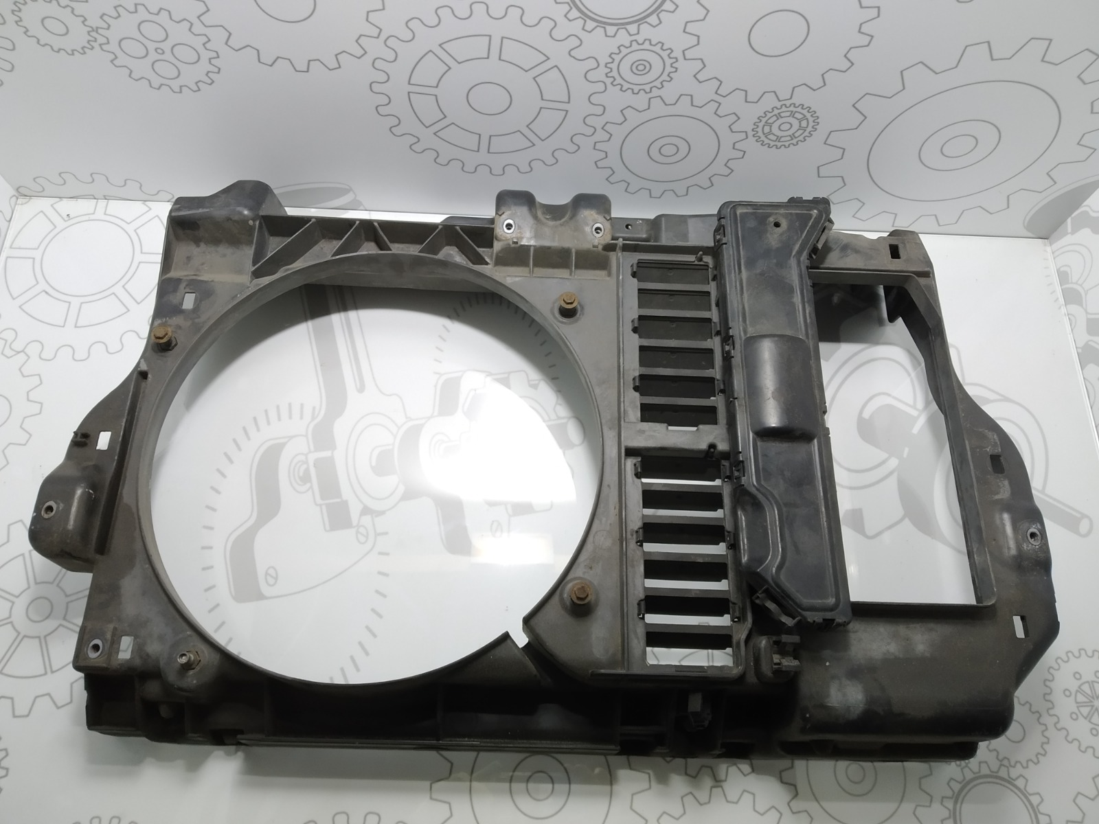 Диффузор вентилятора Peugeot 407 2.0 HDI 2005 (б/у)