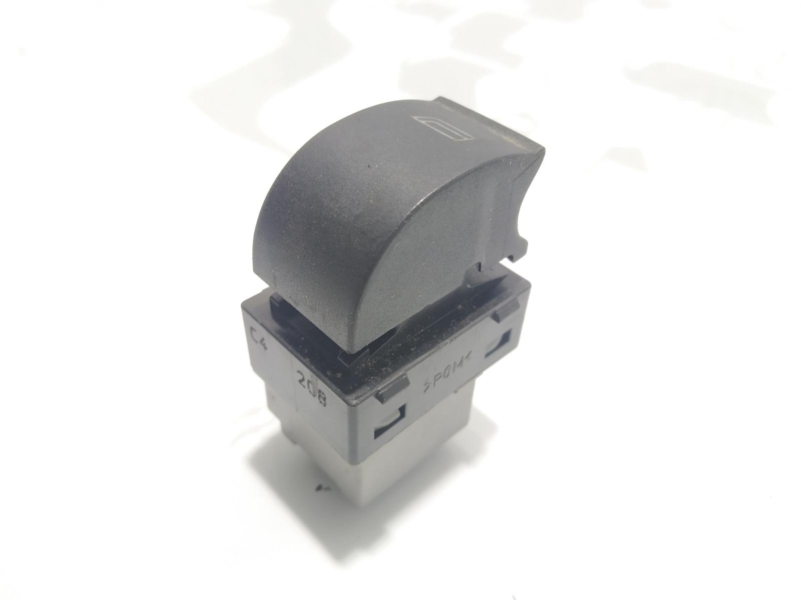 Кнопка стеклоподъемника Audi A6 C5 1.8 TI 1998 (б/у)