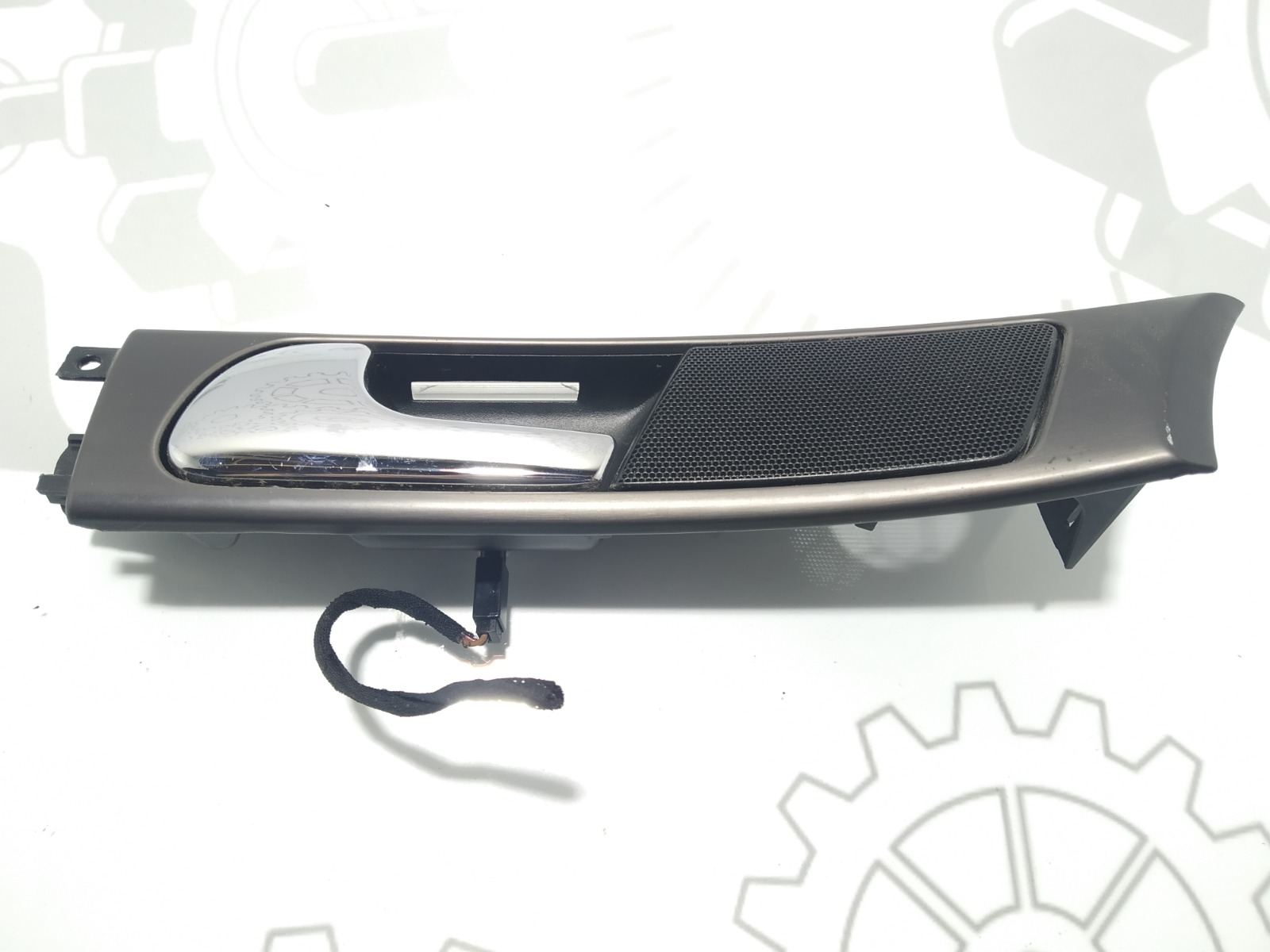 Ручка внутренняя передняя левая Audi A6 C5 1.8 TI 1998 (б/у)