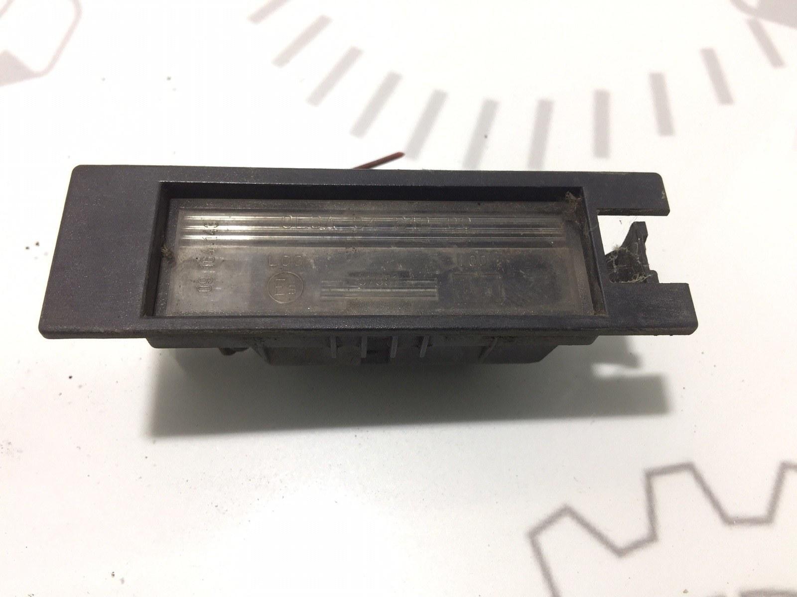 Подсветка номера Opel Zafira B 1.9 CDTI 2007 (б/у)