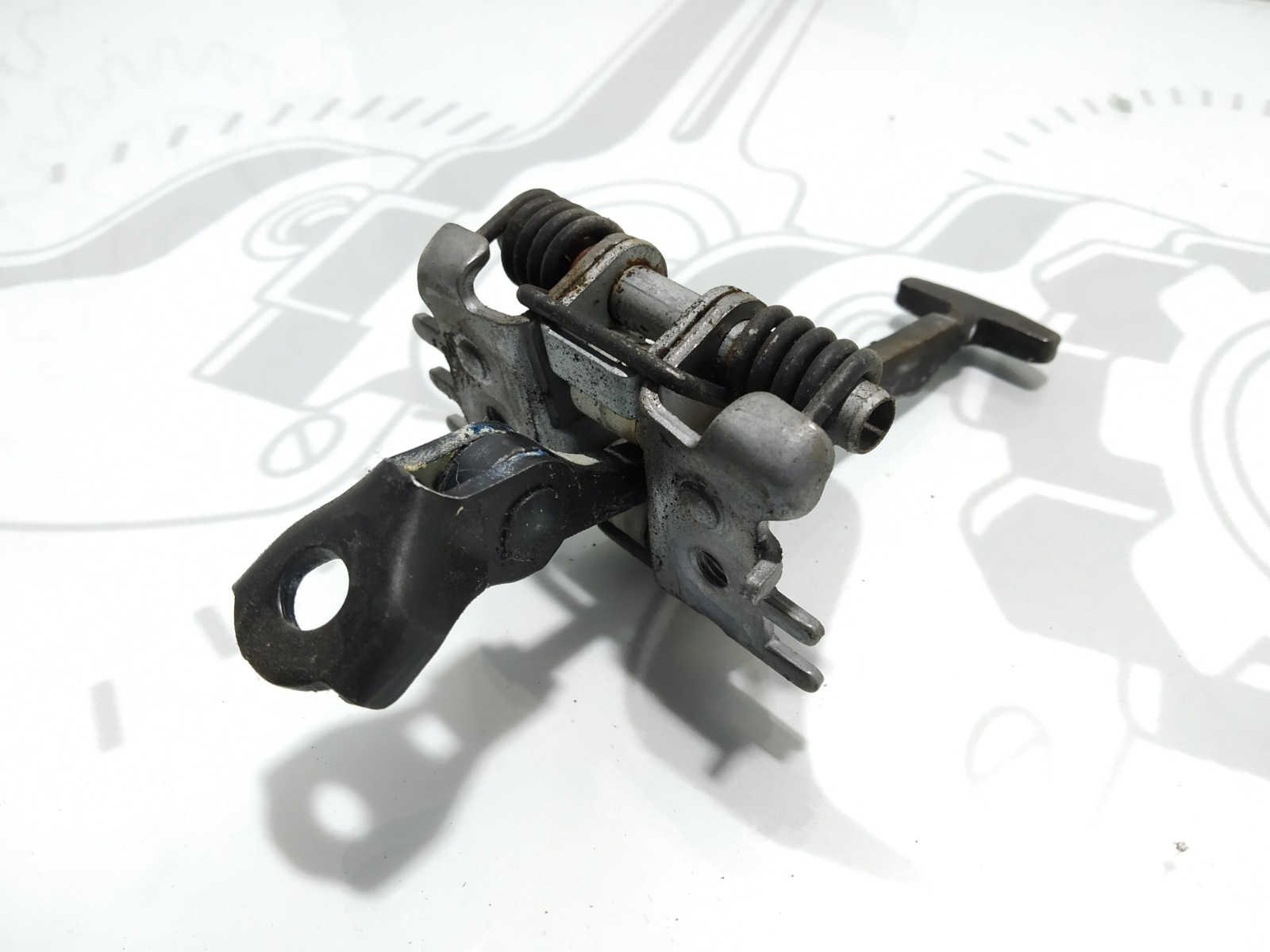 Ограничитель открывания двери Renault Megane 1.5 DCI 2009 (б/у)