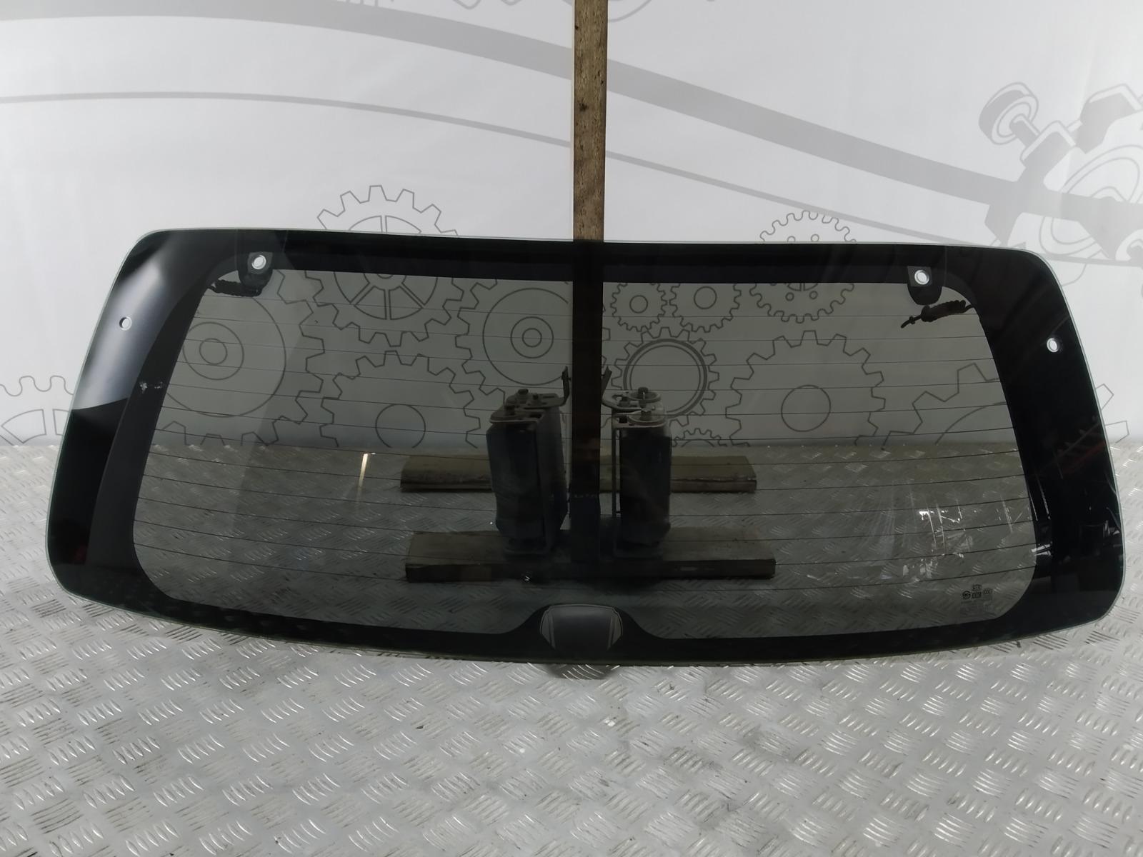 Стекло заднее Kia Sorento 2.5 CRDI 2007 (б/у)