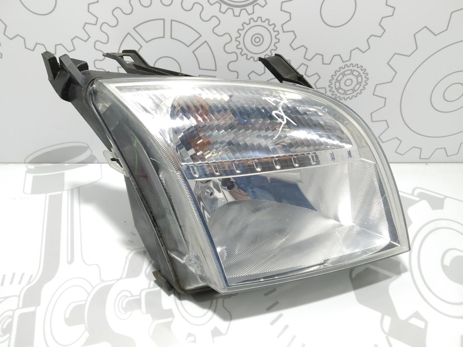 Фара правая Ford Fusion 1.4 I 2004 (б/у)