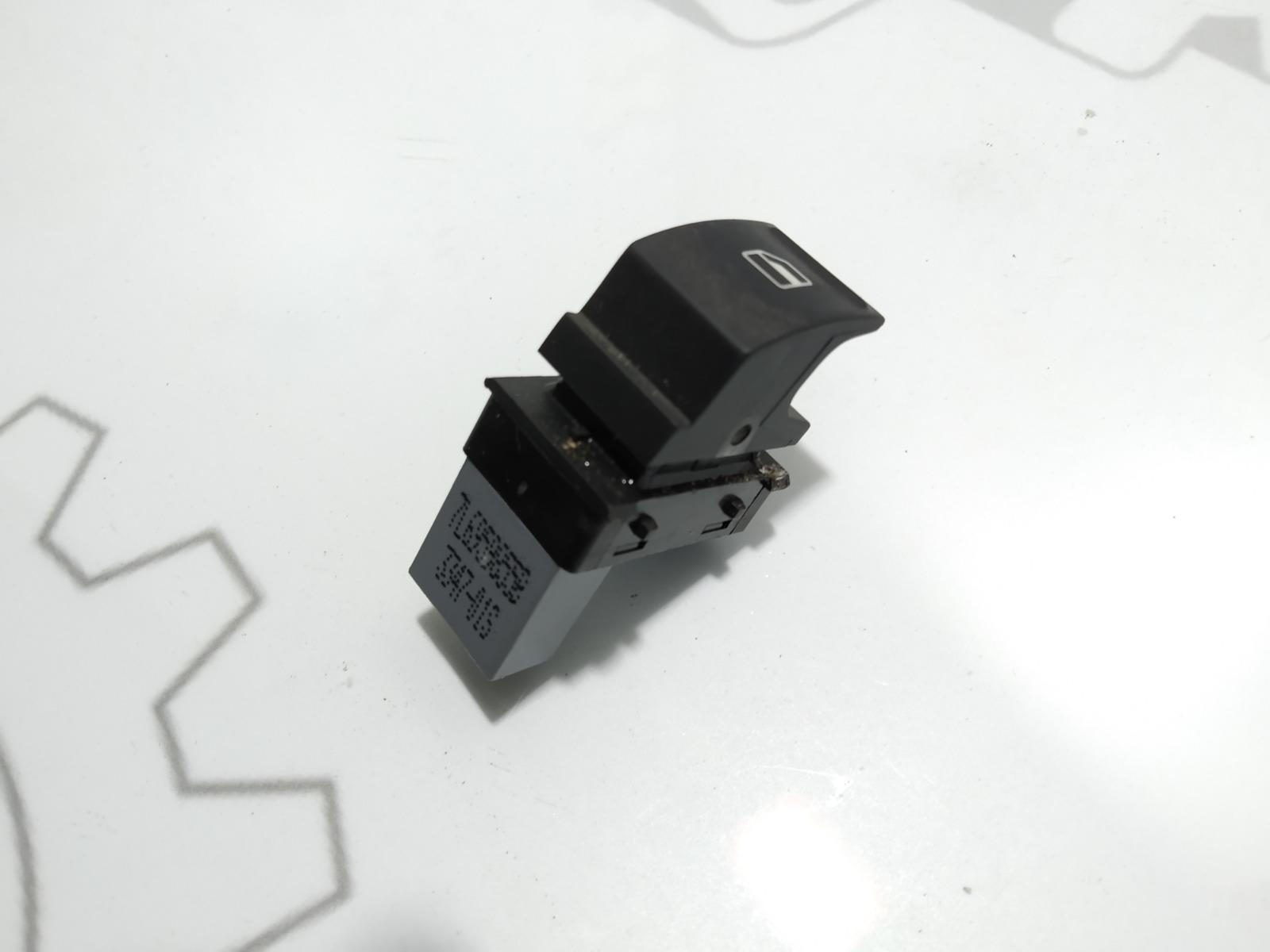 Кнопка стеклоподъемника Volkswagen Passat B6 1.9 TDI 2007 (б/у)