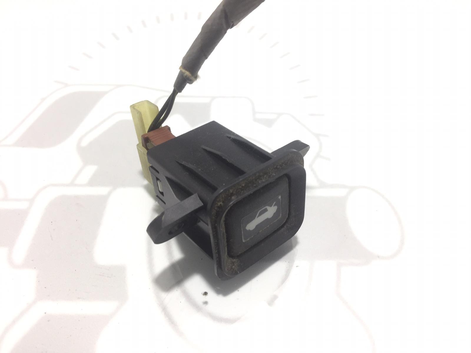 Кнопка открытия багажника Honda Cr-V 2.0 I 2003 (б/у)