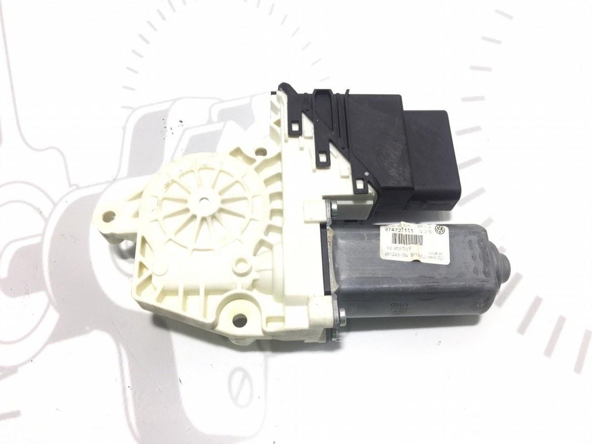 Моторчик стеклоподъемника задний левый Volkswagen Passat B6 2.0 TDI 2006 (б/у)