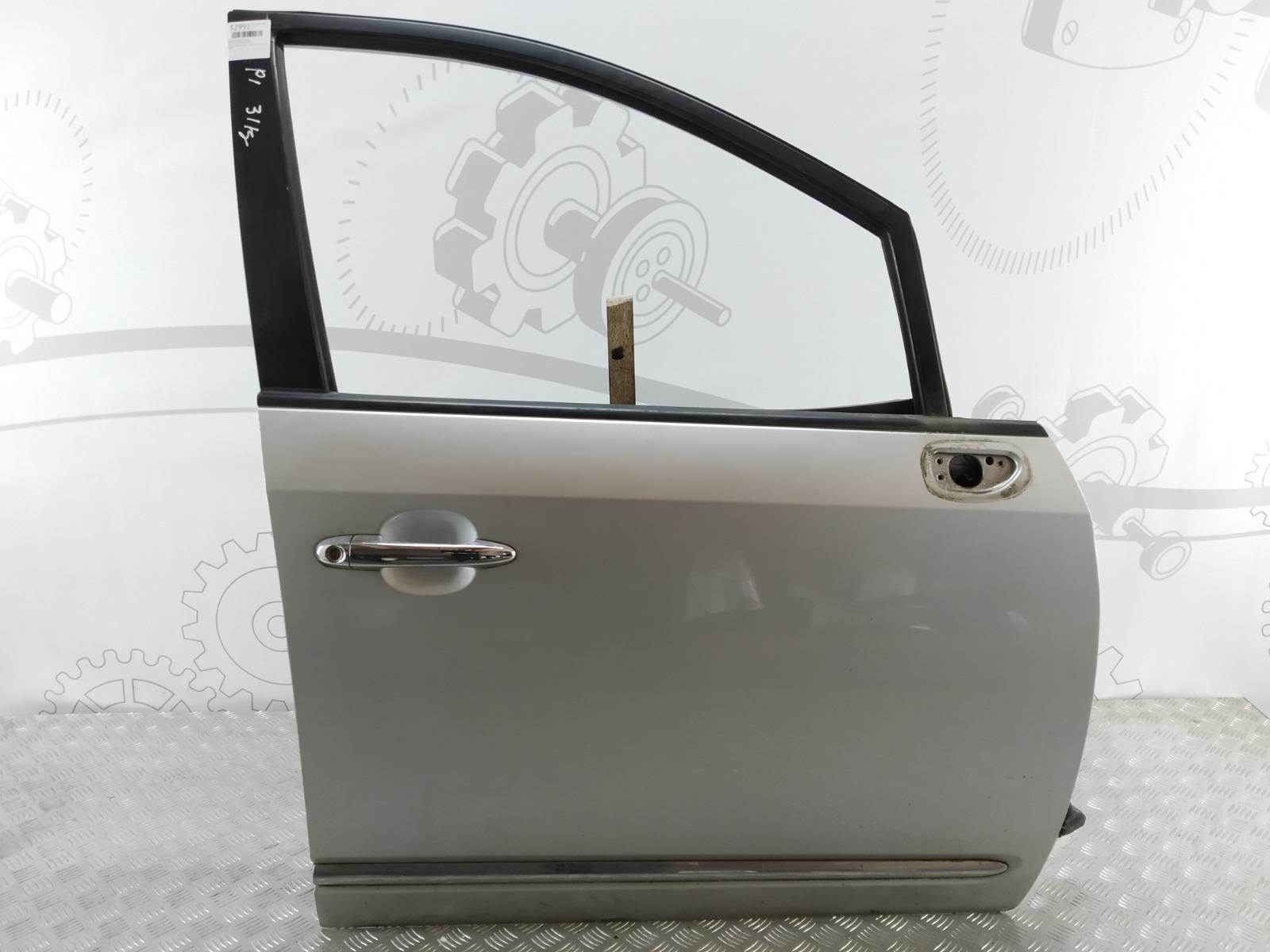 Дверь передняя правая Kia Carens 2.0 CRDI 2006 (б/у)