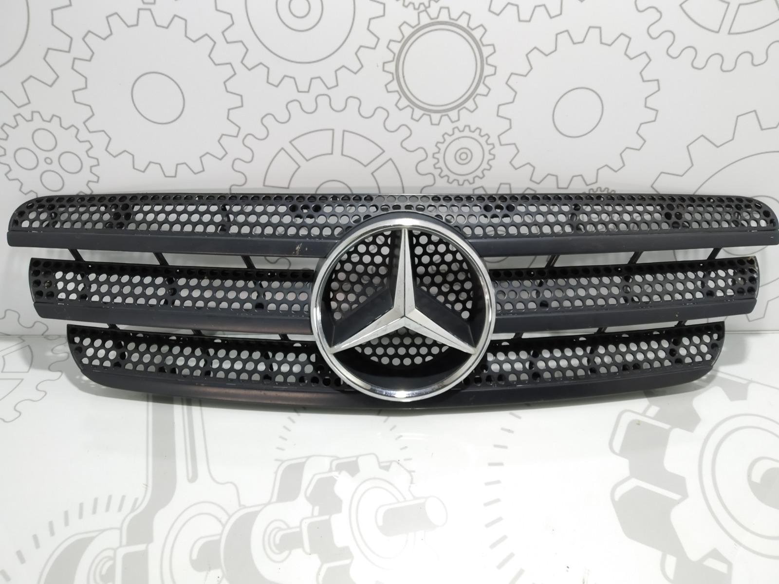 Решетка радиатора Mercedes Ml W163 3.2 I 2001 (б/у)