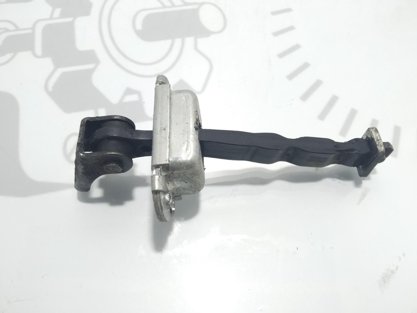 Ограничитель открывания двери Nissan Qashqai 1.5 DCI 2007 (б/у)
