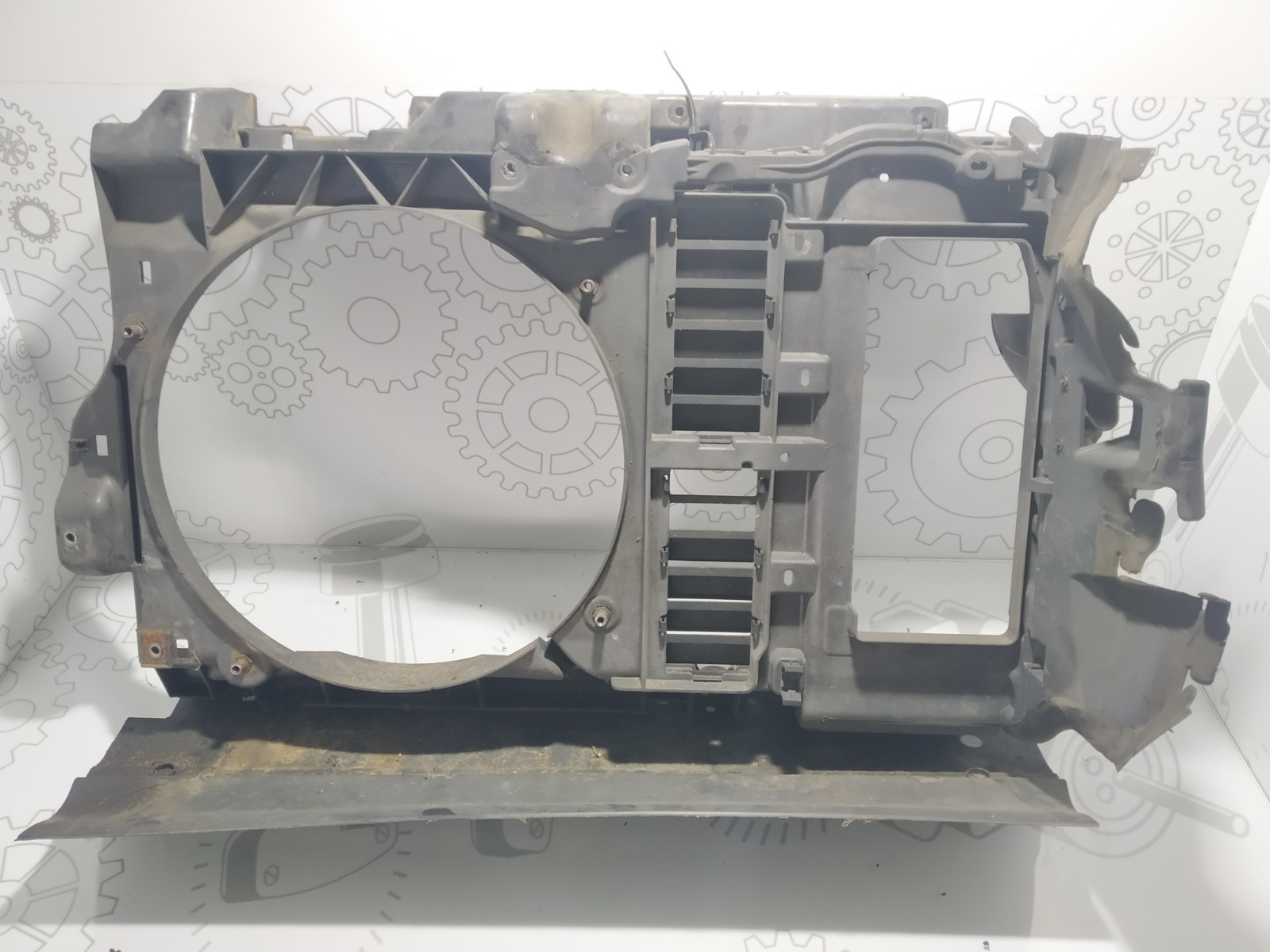 Передняя панель крепления облицовки (телевизор) Peugeot 407 1.6 HDI 2006 (б/у)