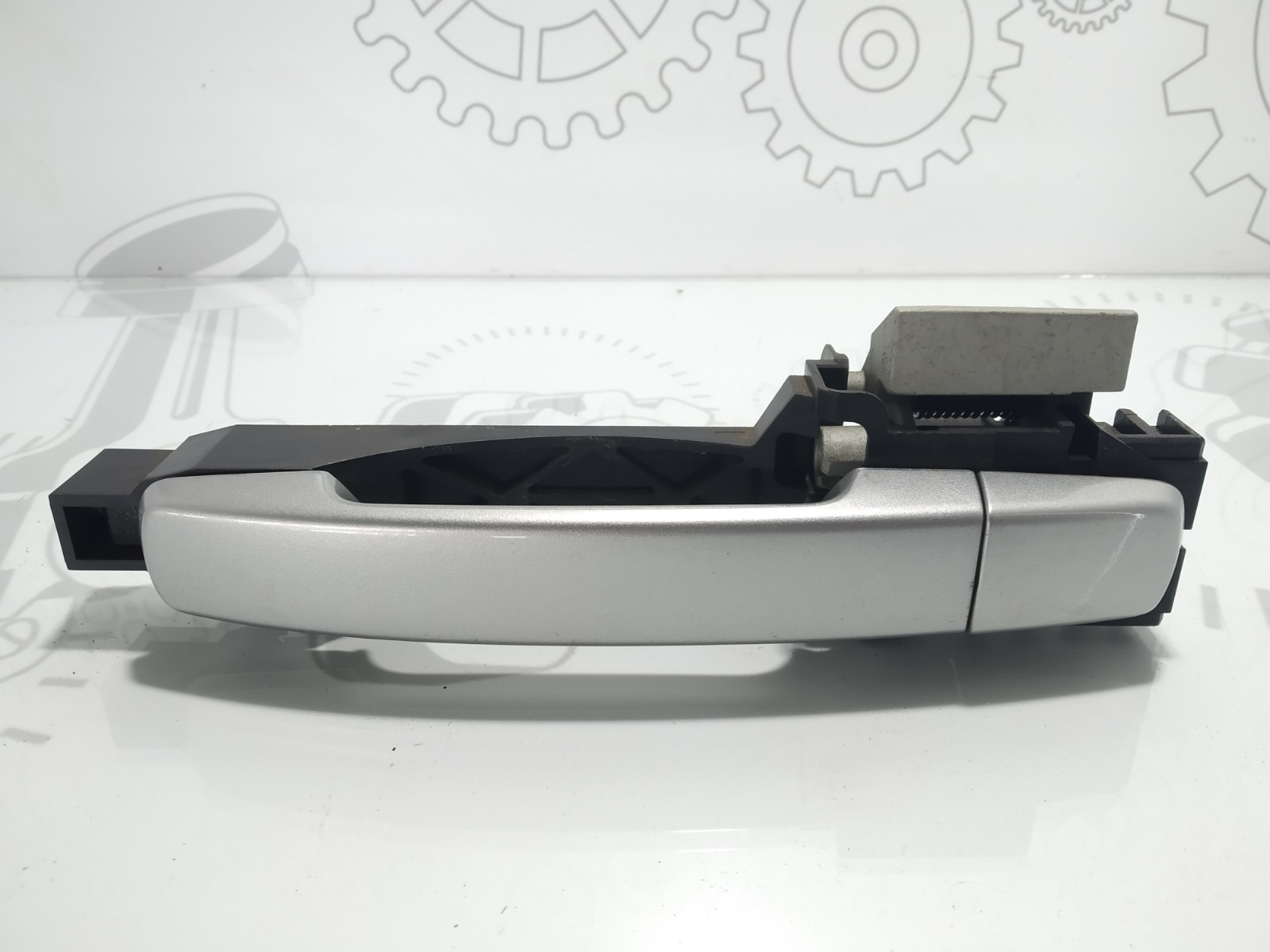 Ручка наружная задняя левая Nissan Qashqai 1.5 DCI 2007 (б/у)