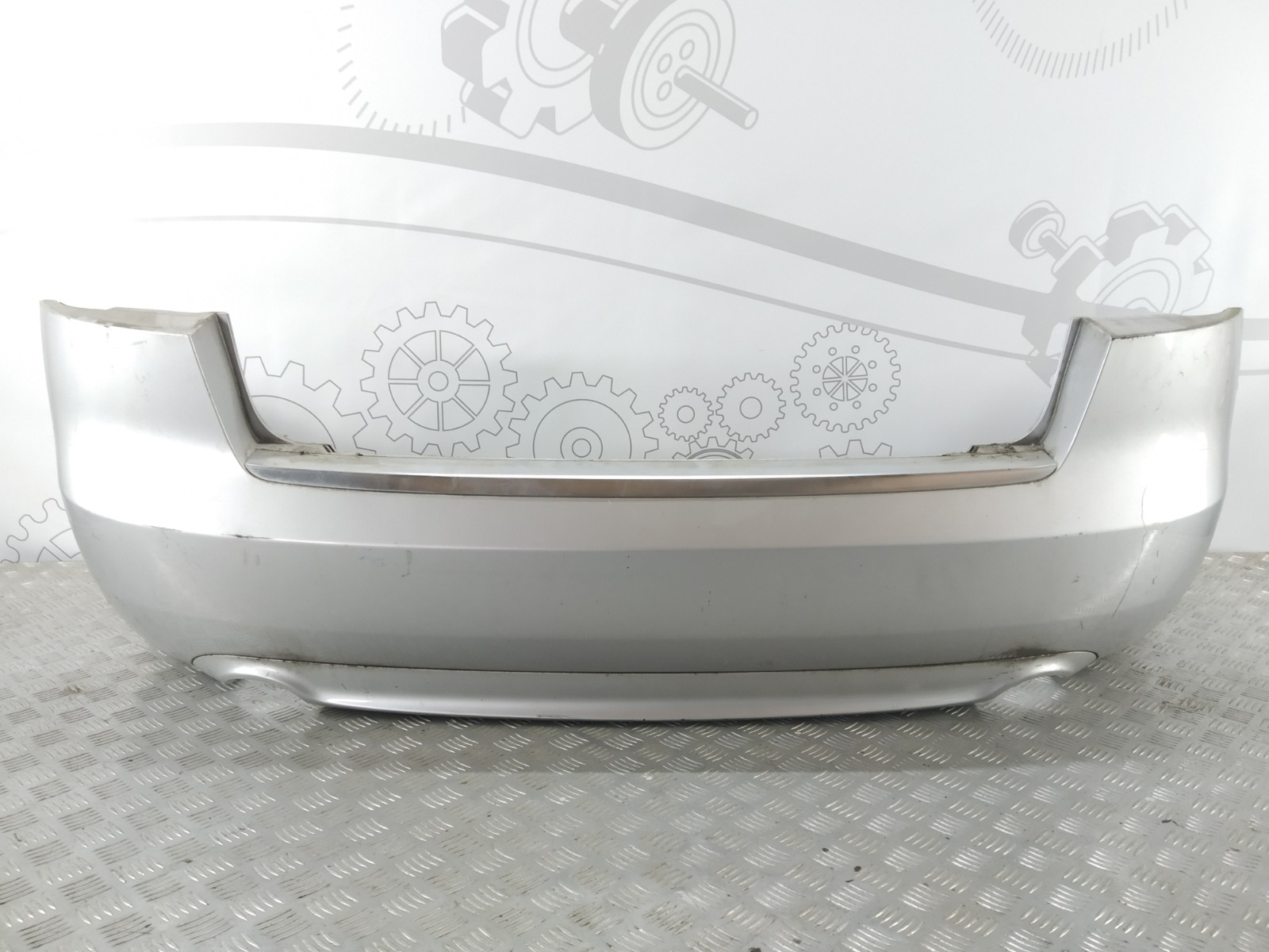 Бампер задний Audi A4 B7 2.0 TFSI 2006 (б/у)