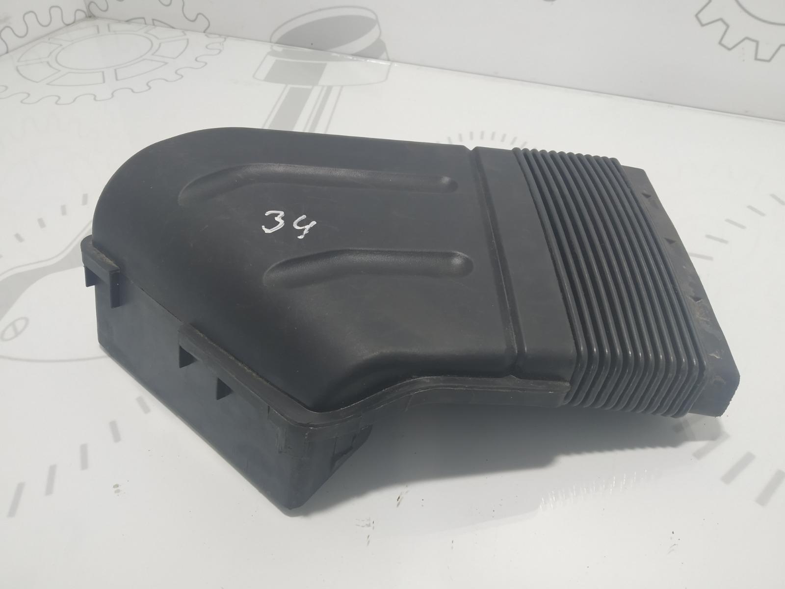 Воздухозаборник Audi A4 B7 2.0 TFSI 2006 (б/у)