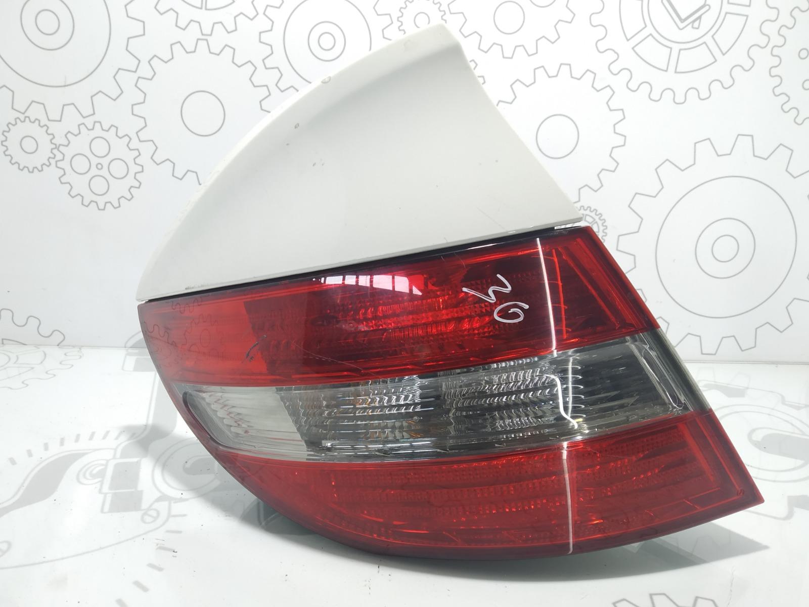 Фонарь задний левый Mercedes Clc CL203 2.2 CDI 2009 (б/у)
