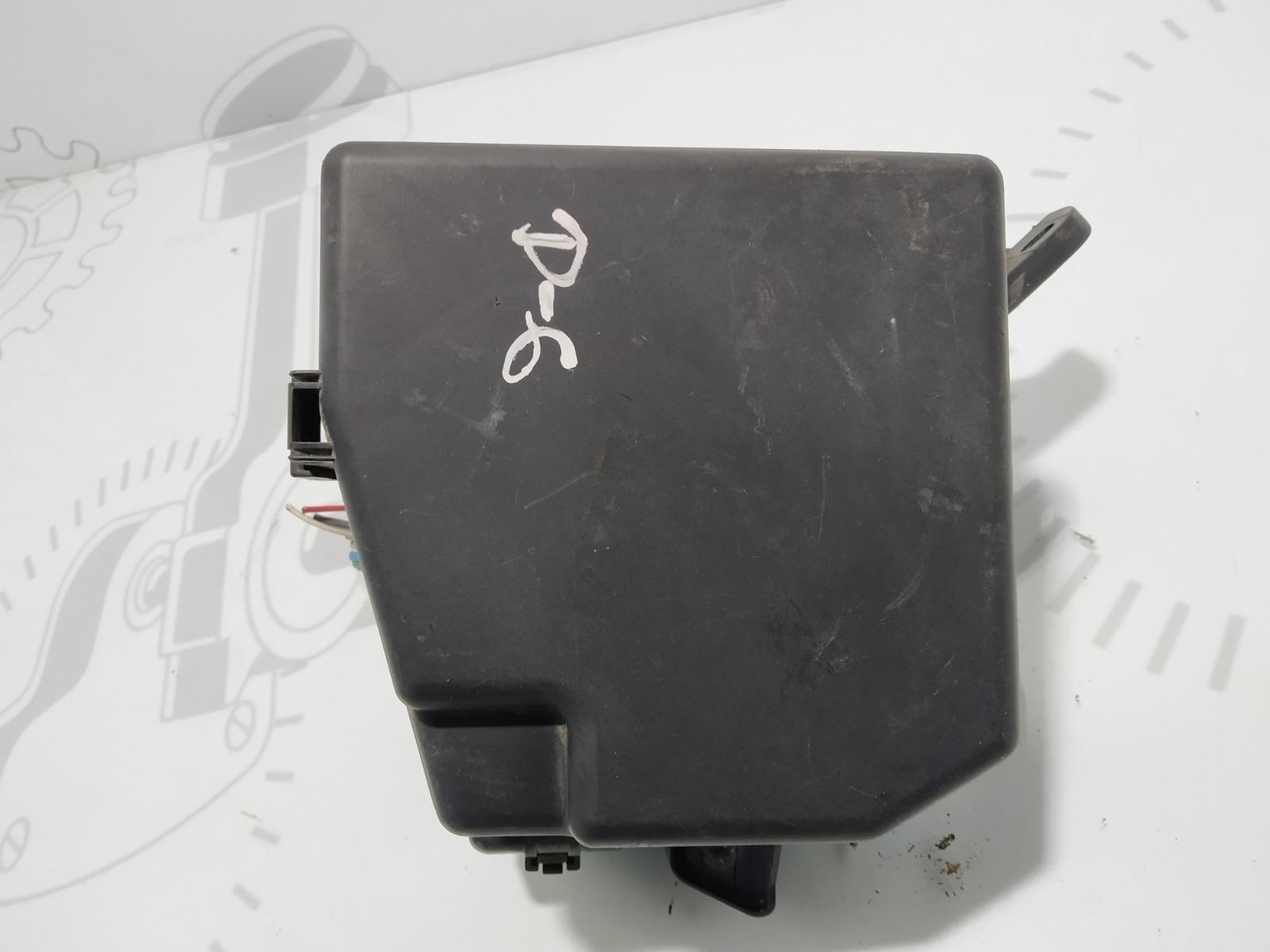 Блок предохранителей Toyota Yaris XP9 1.4 D-4D 2006 (б/у)