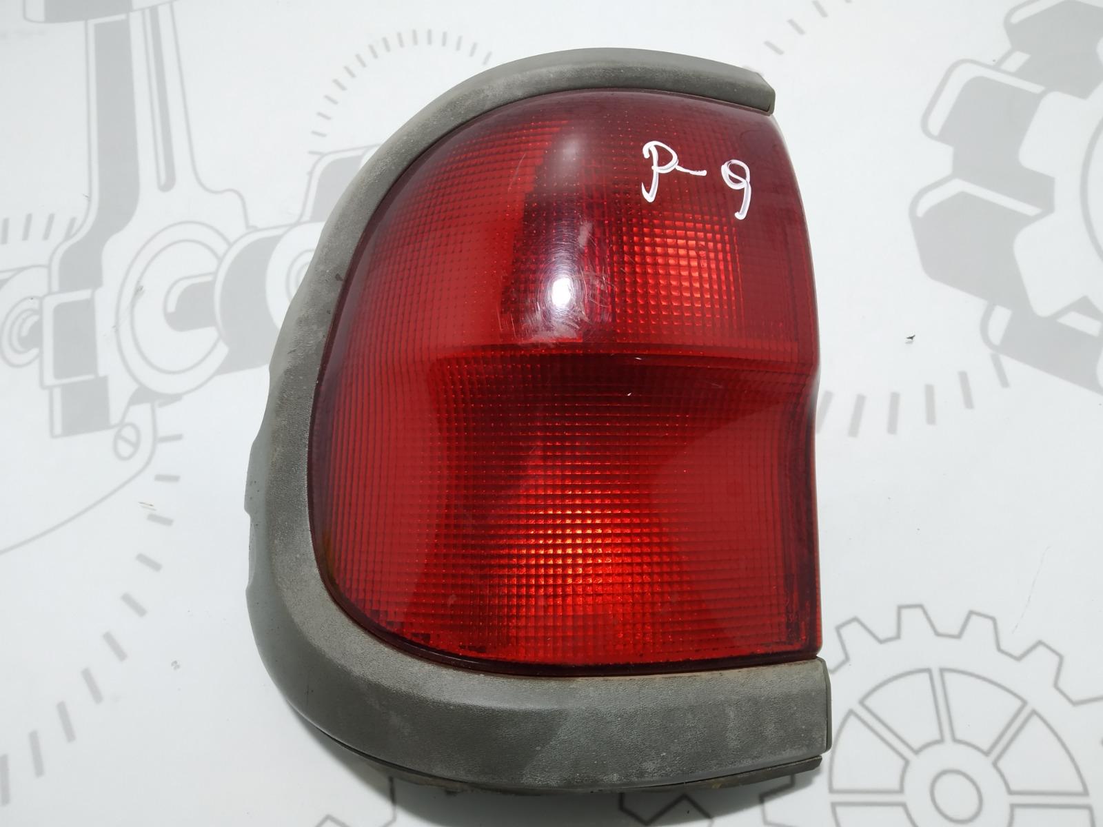 Фонарь задний левый Nissan Terrano 3.0 DI 2003 (б/у)