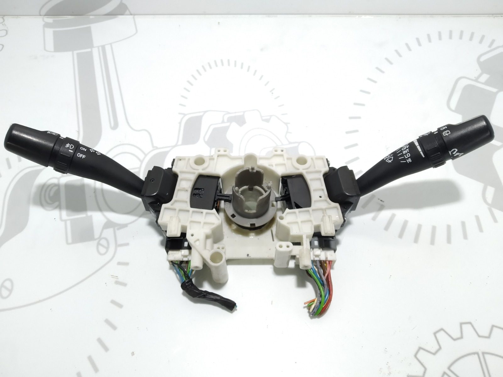 Переключатель подрулевой (стрекоза) Kia Sportage 2.0 CRDI 2009 (б/у)
