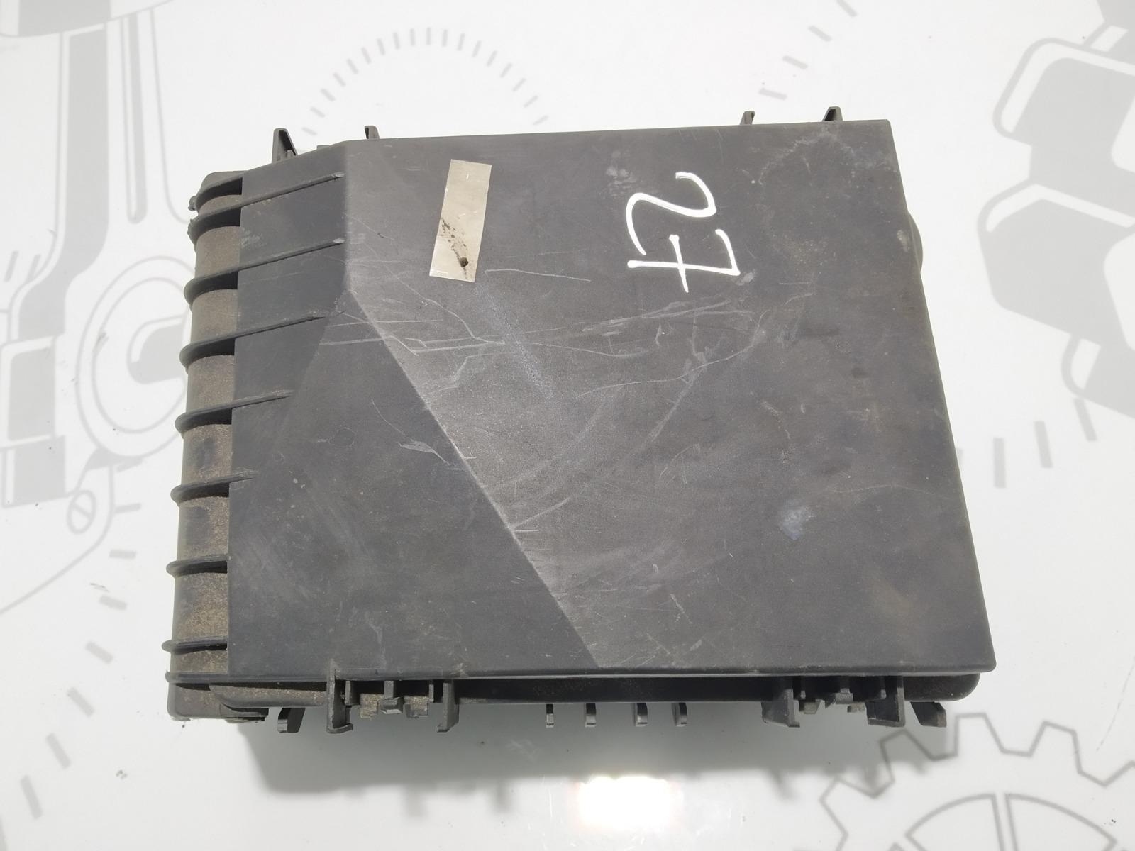 Блок предохранителей Volkswagen Touran 1.6 FSI 2003 (б/у)