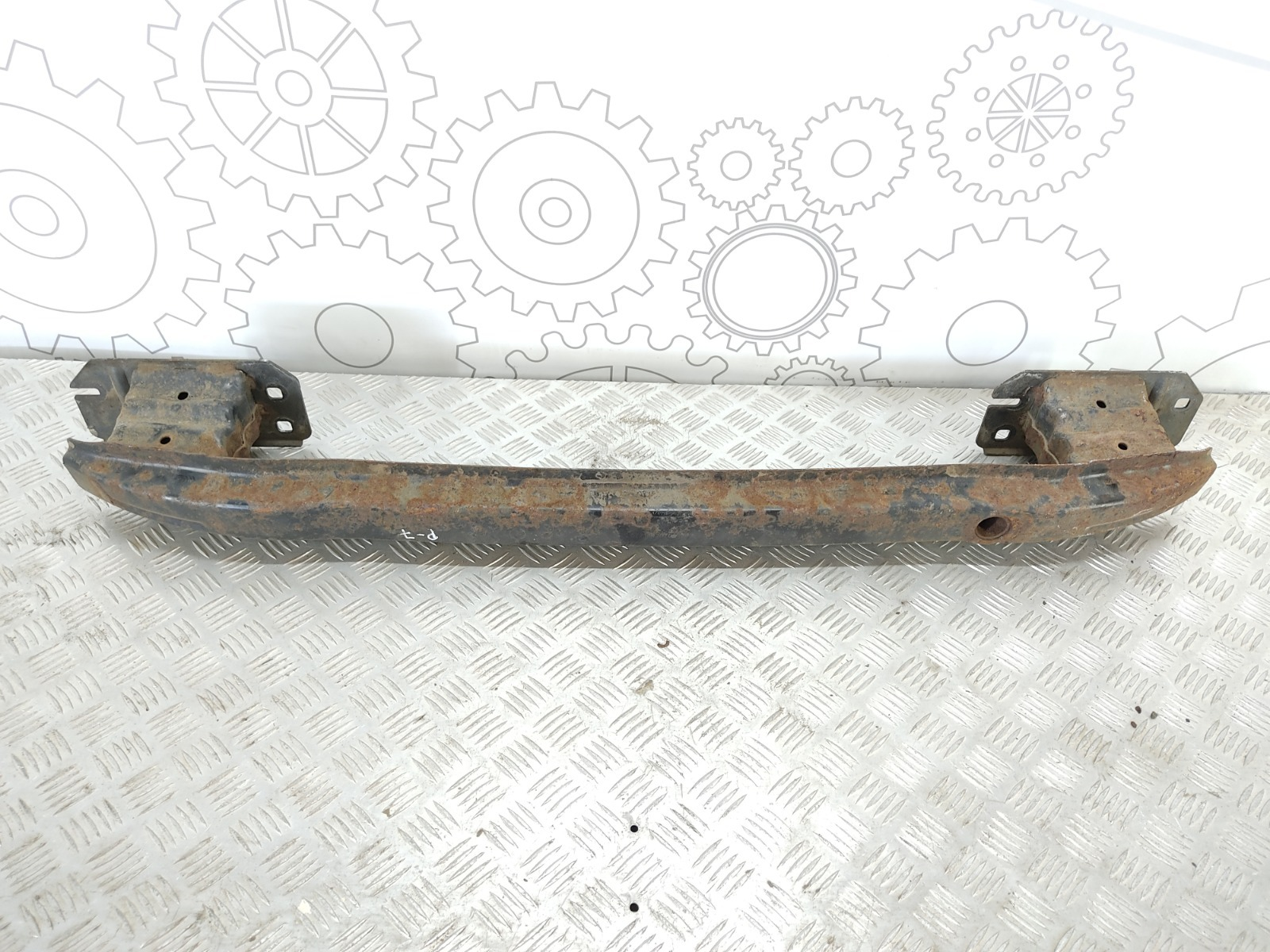 Усилитель бампера заднего Ford Mondeo 2.0 TDCI 2010 (б/у)